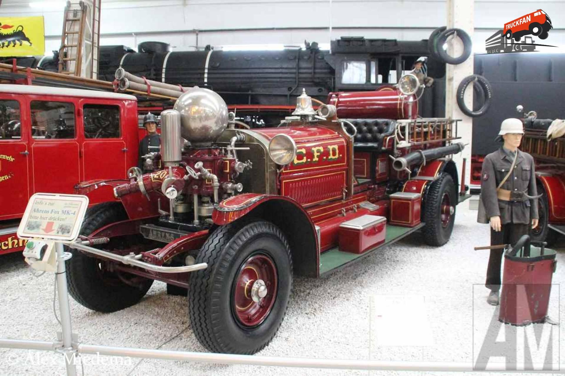 Ahrens-Fox brandweerwagen