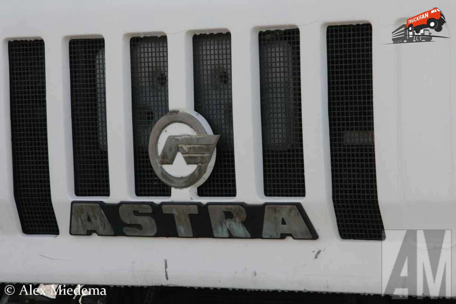 Astra HD7