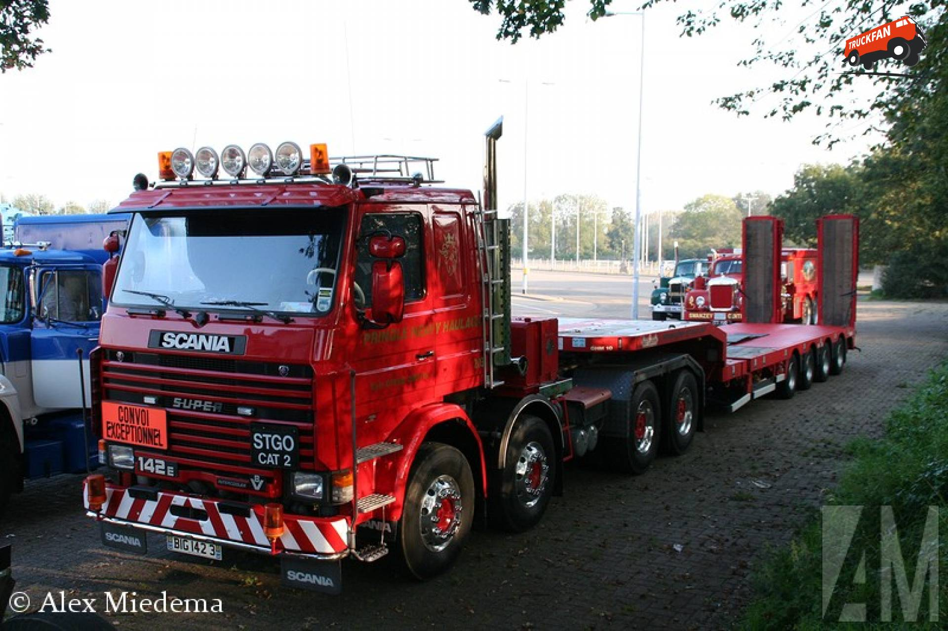 Beers SCANIA RE 8X4 ZS 140180