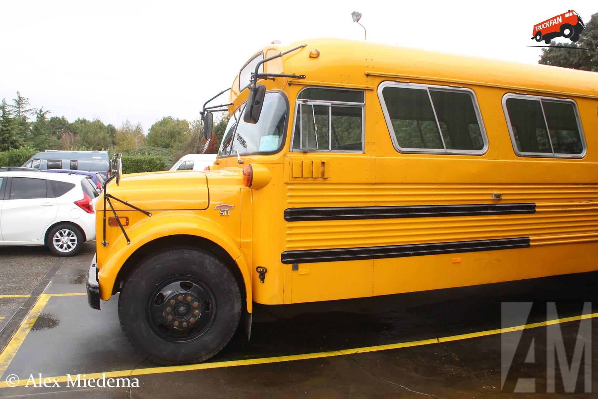 Chevrolet schoolbus