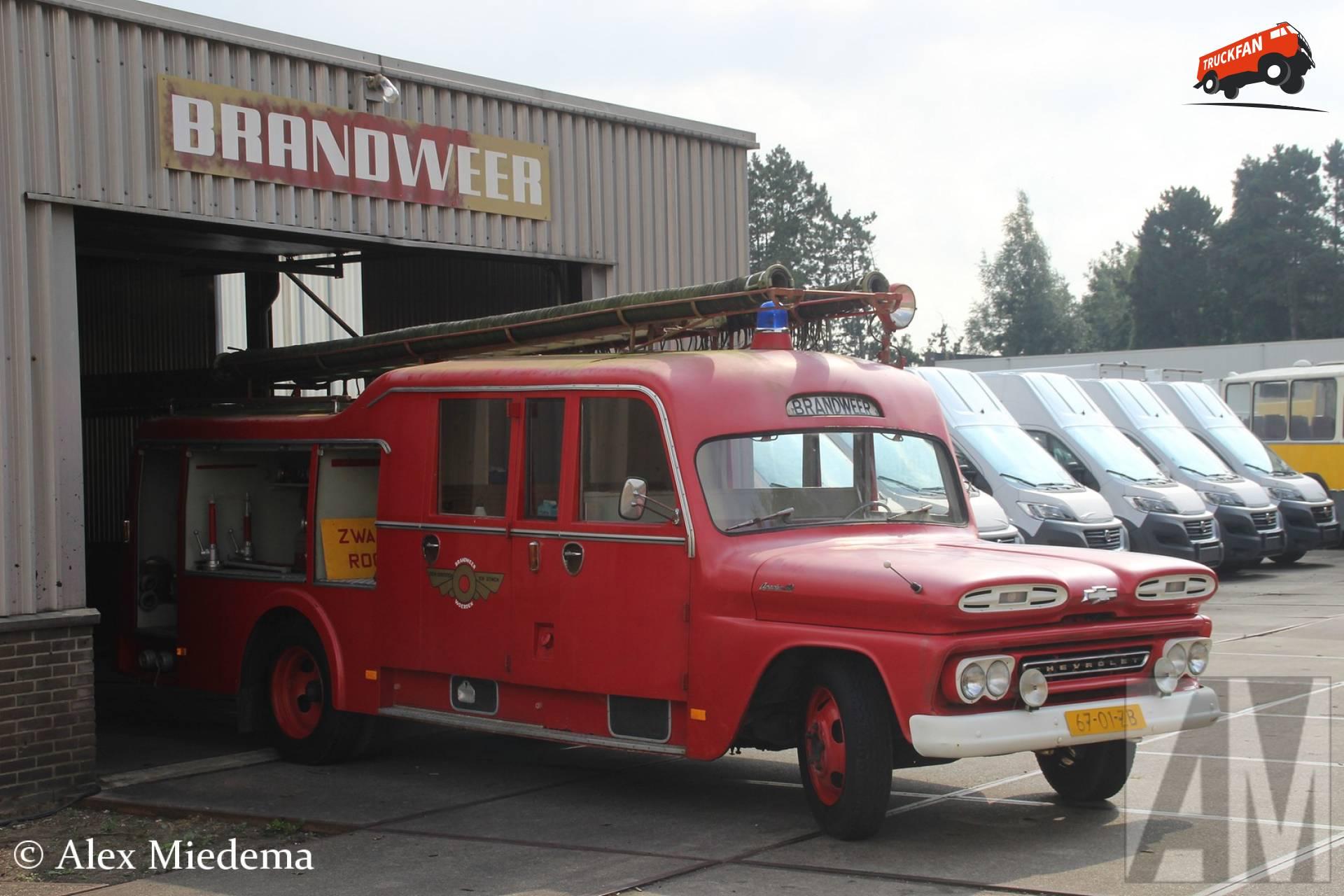 Chevrolet 4300