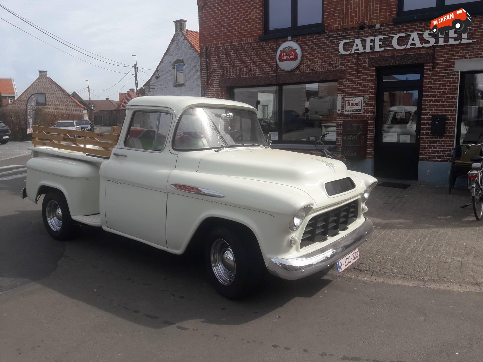 Chevrolet 3200
