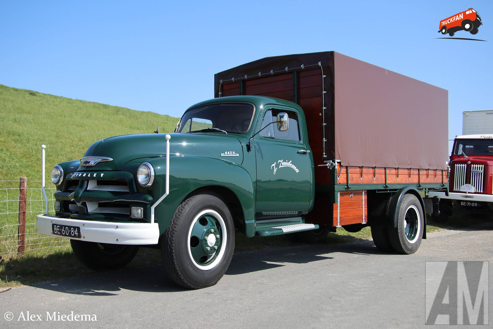 Chevrolet 4400