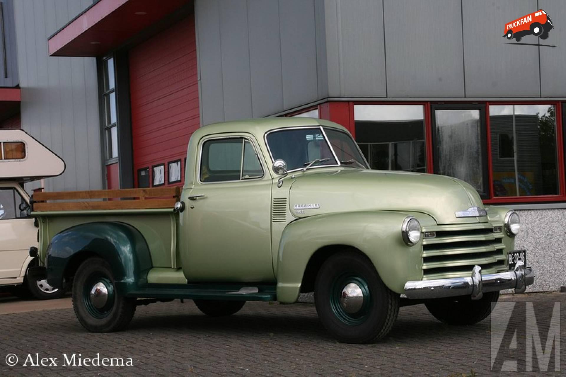 Chevrolet 1800