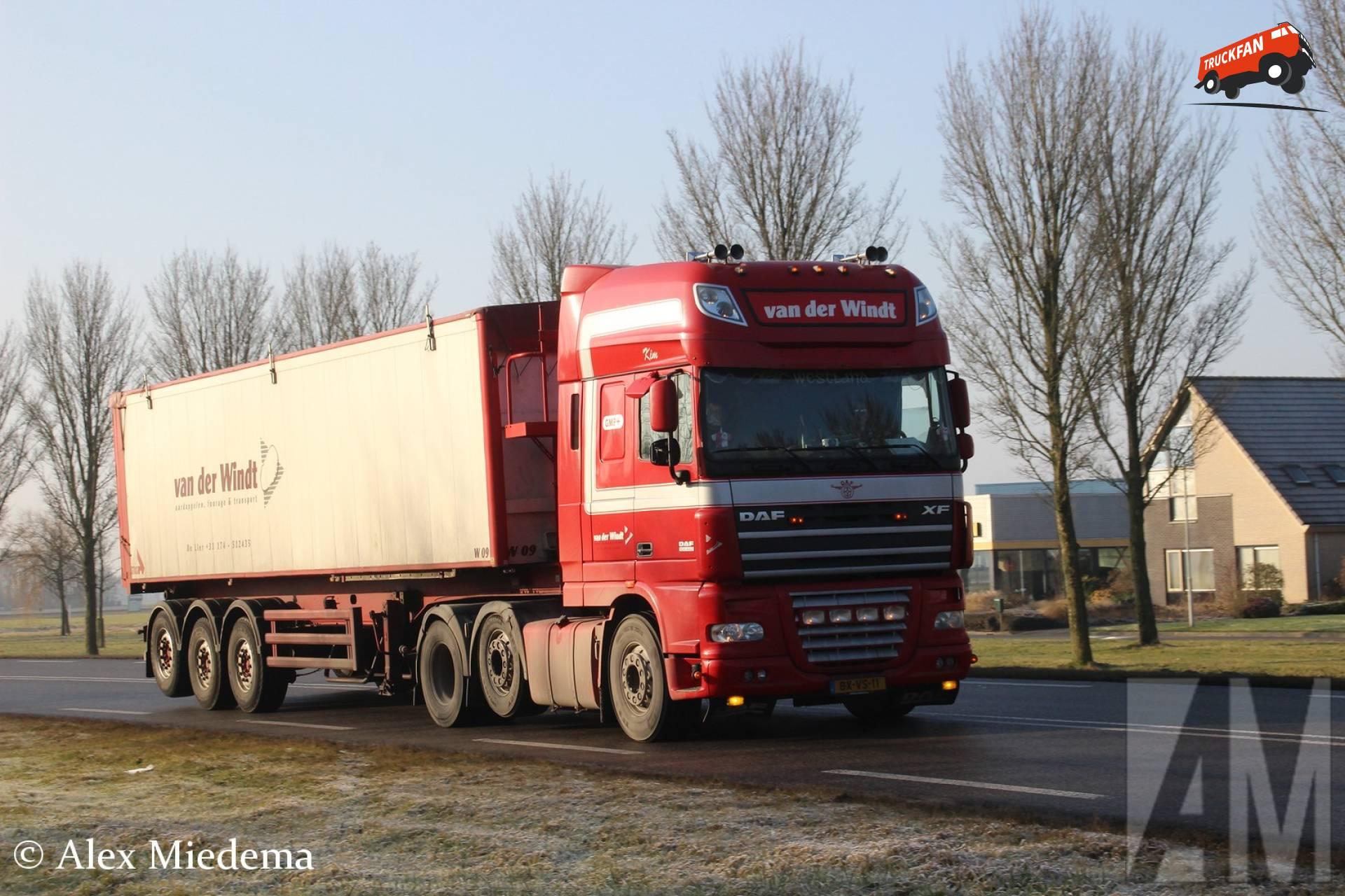 Seconds with schiphol cargo s maaike van der windt