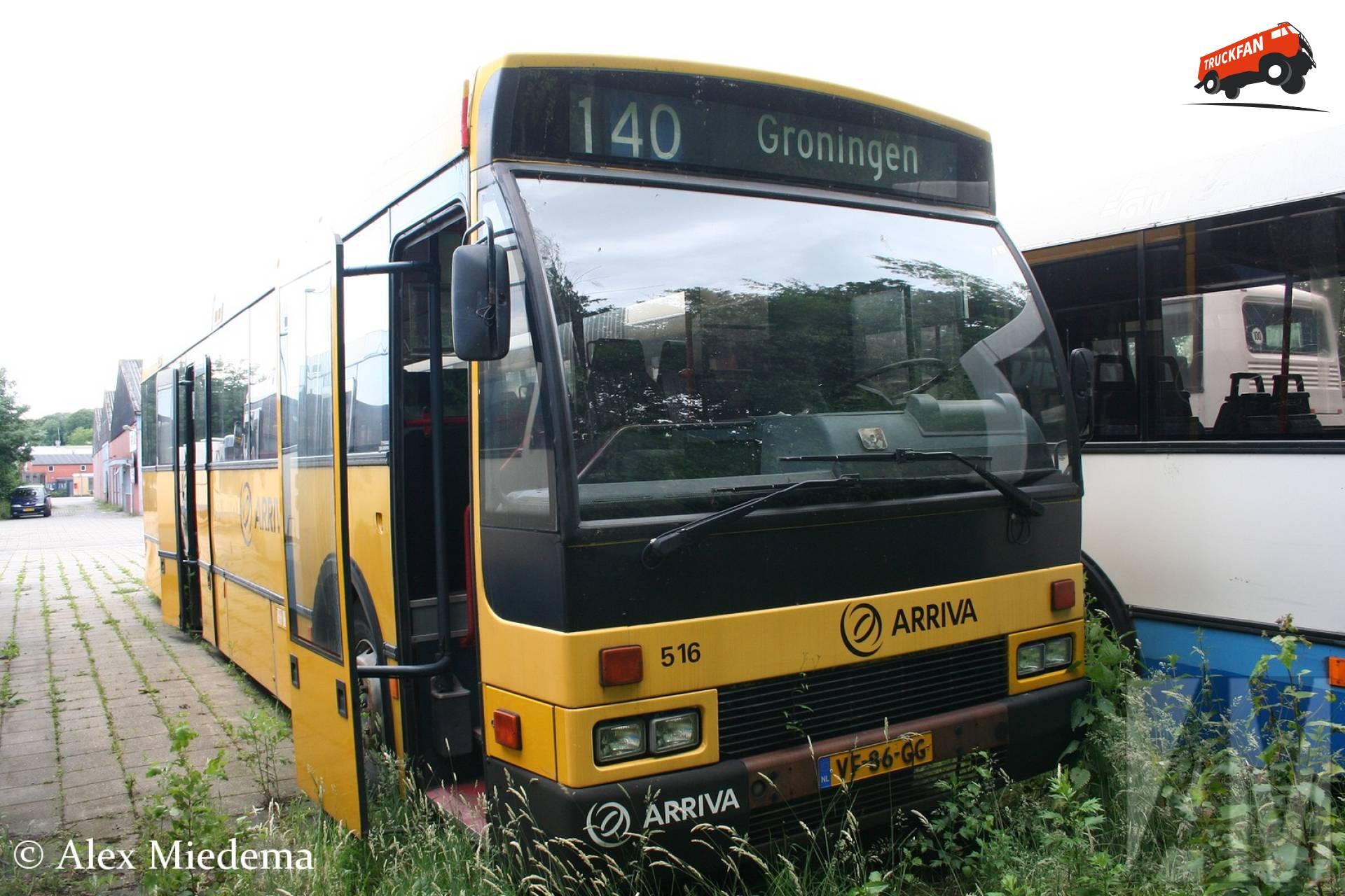Den Oudsten B88