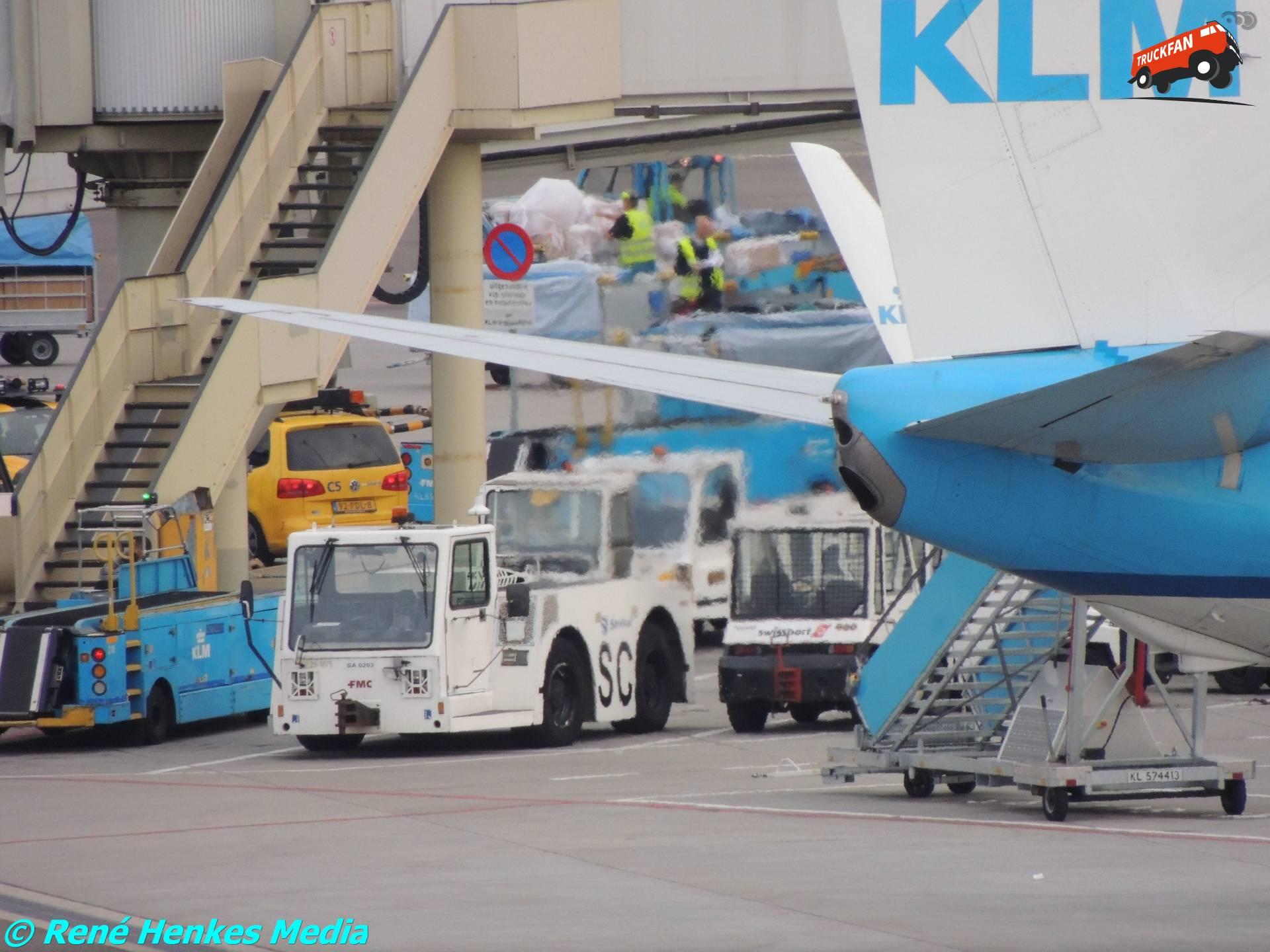 FMC vliegtuigtrekker