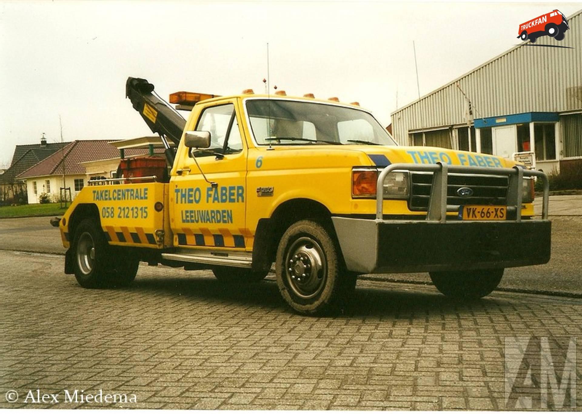 Ford F350 Omdat in Leeuwarden best veel menen Faber heten, moet iedereen een bijnaam hebben. Die van Theo Faber is 'Theo Takel'. Hoe hij aan de naam komt word denk ik wel duidelijk door de foto's in deze blog…