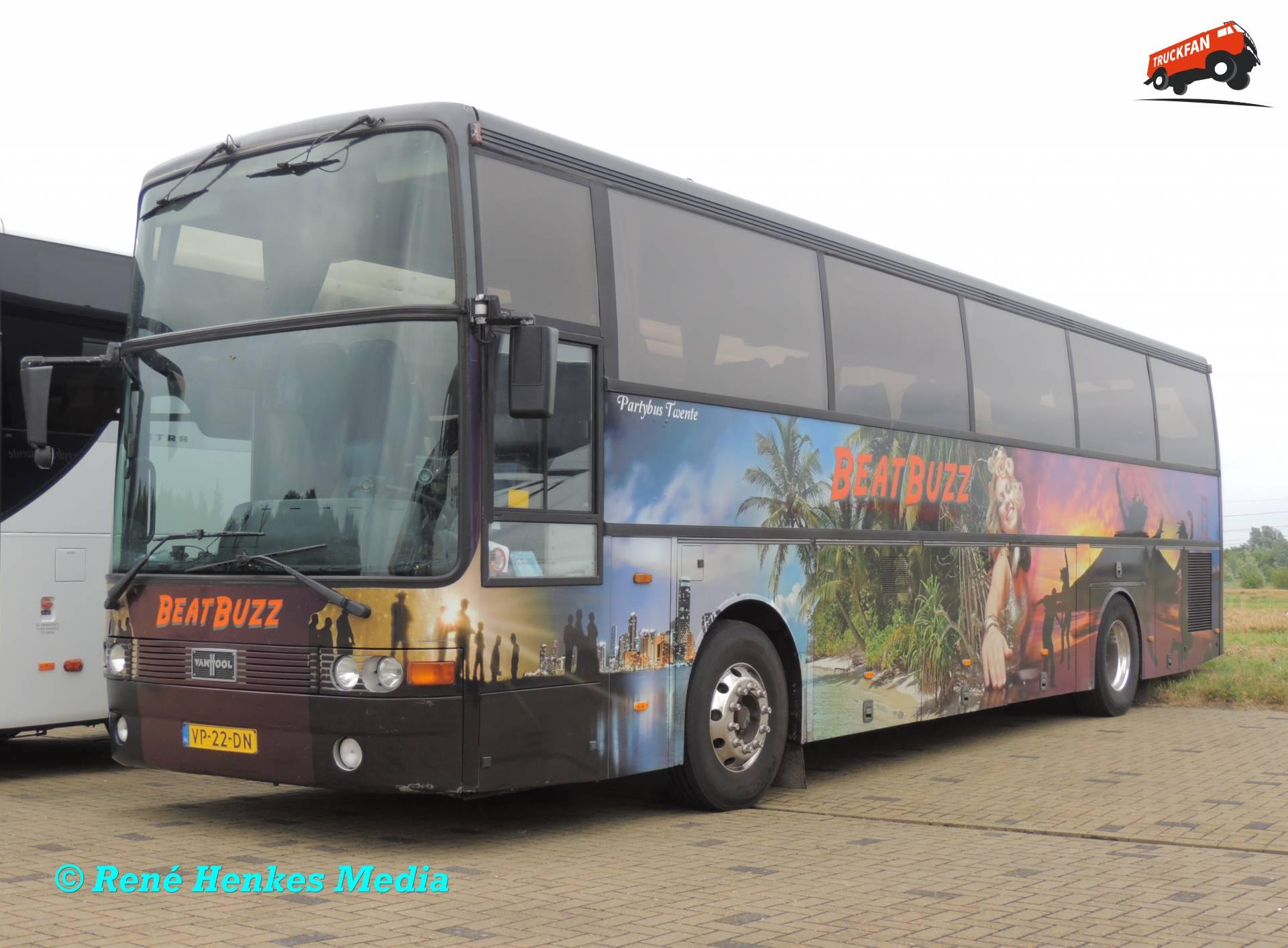 Van Hool T815