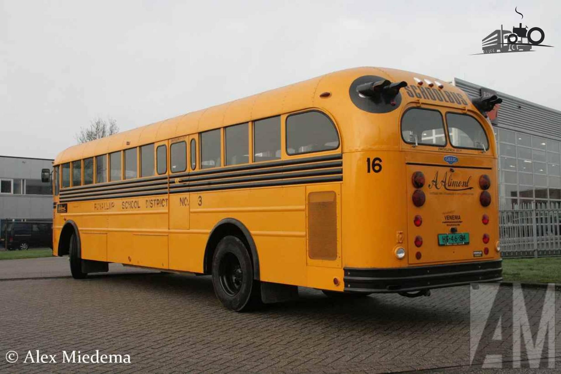 Gillig 636 D