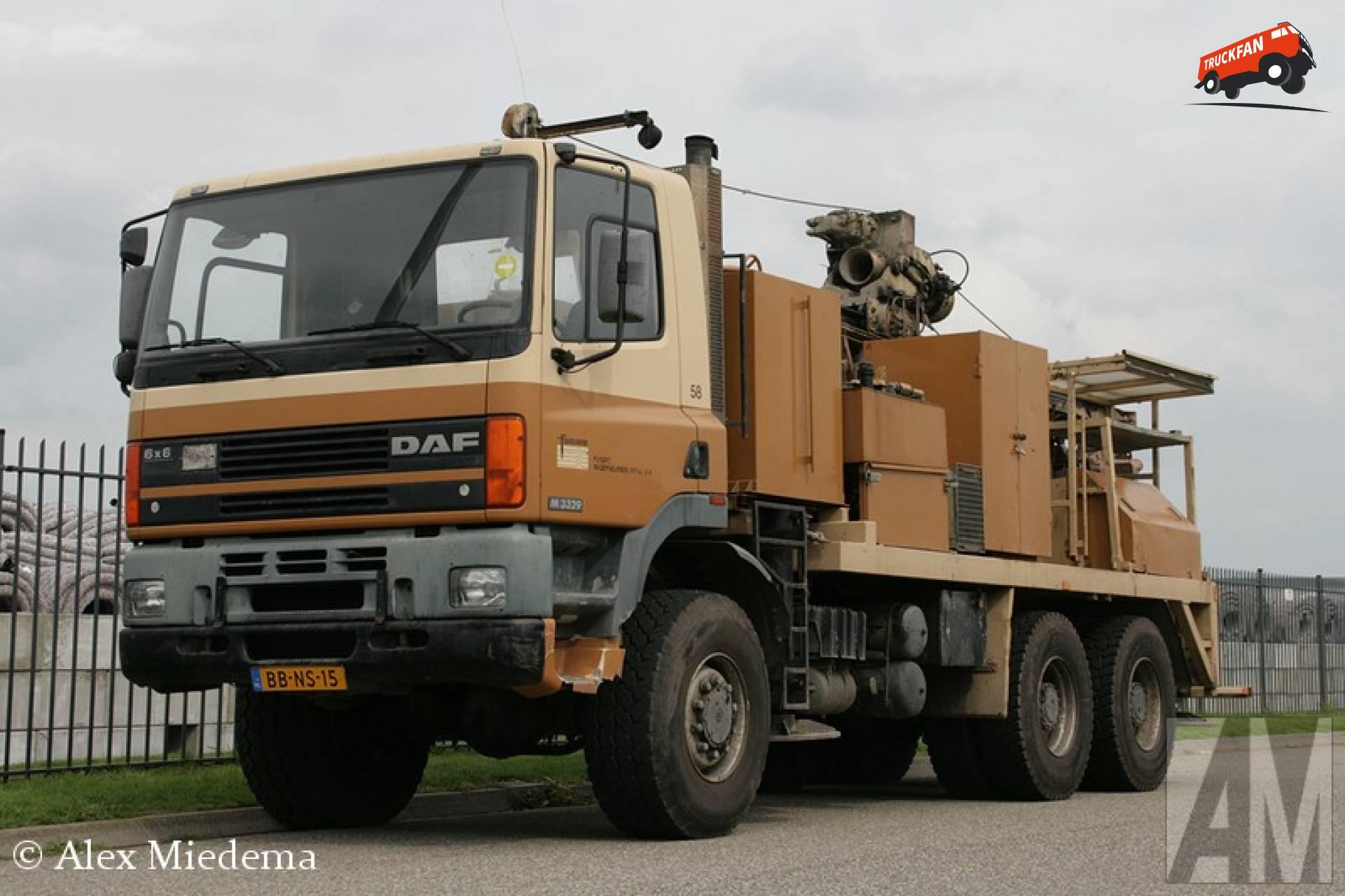 GINAF M3329