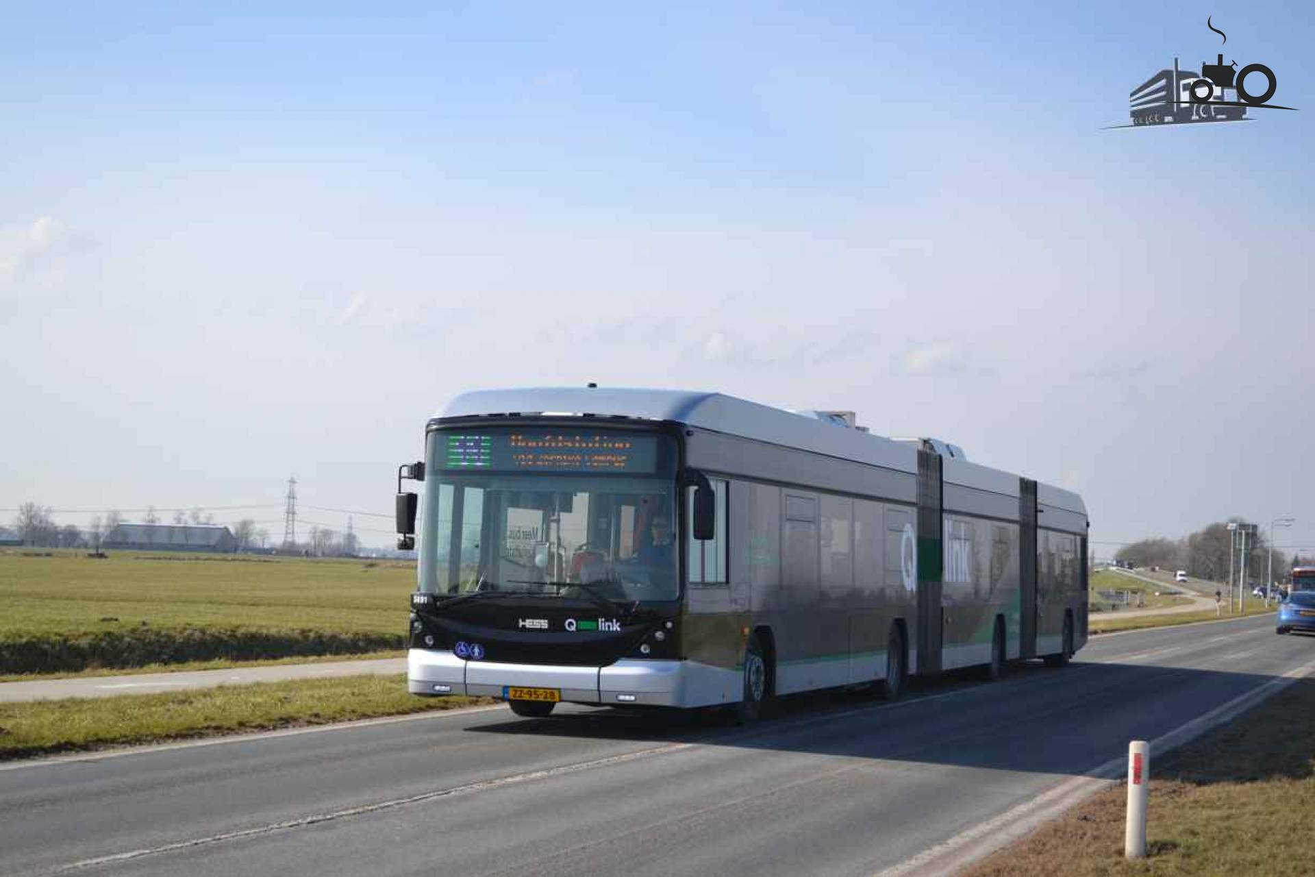 Hess bus