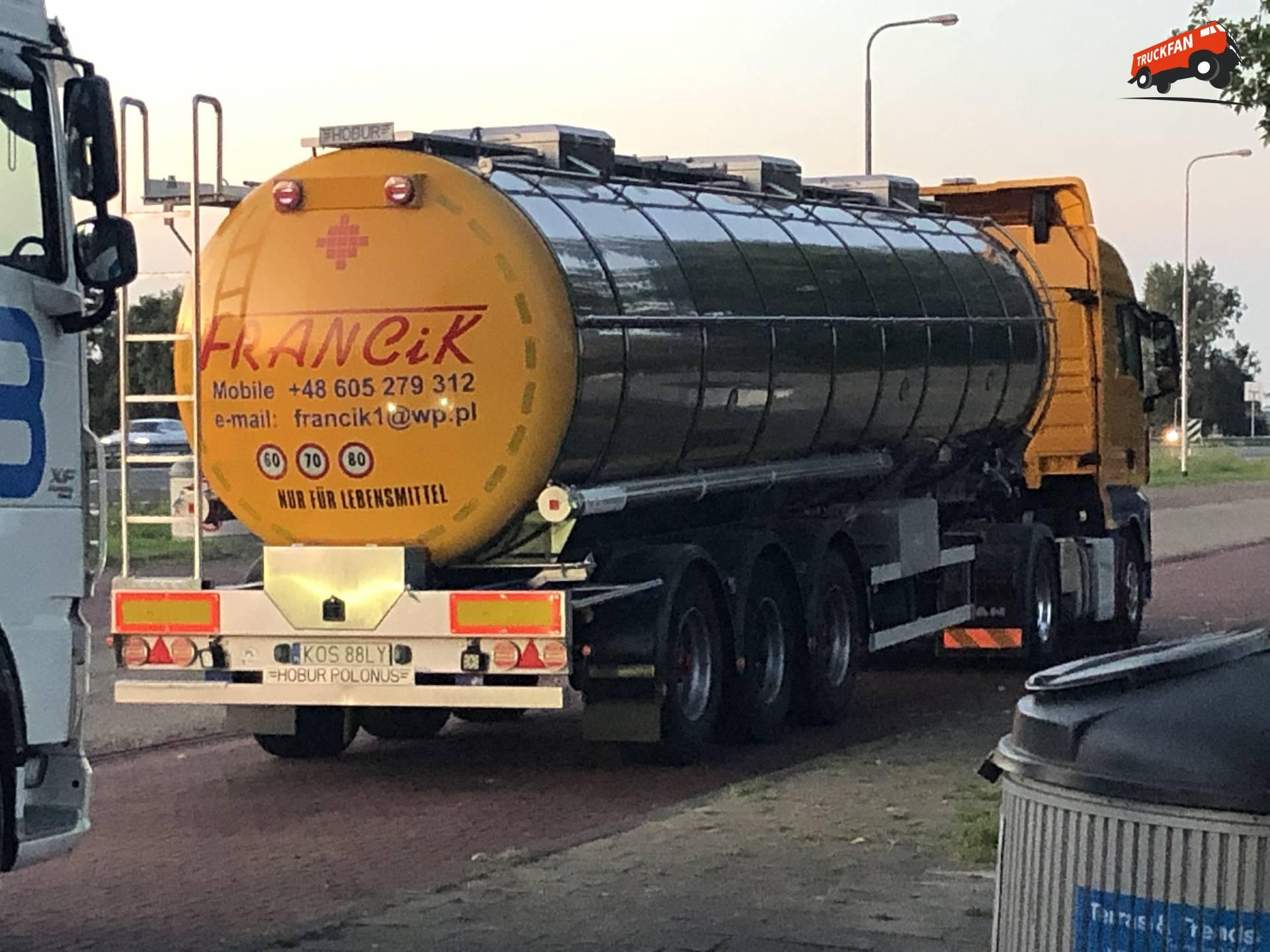 Hobur Polonus tanktrailer