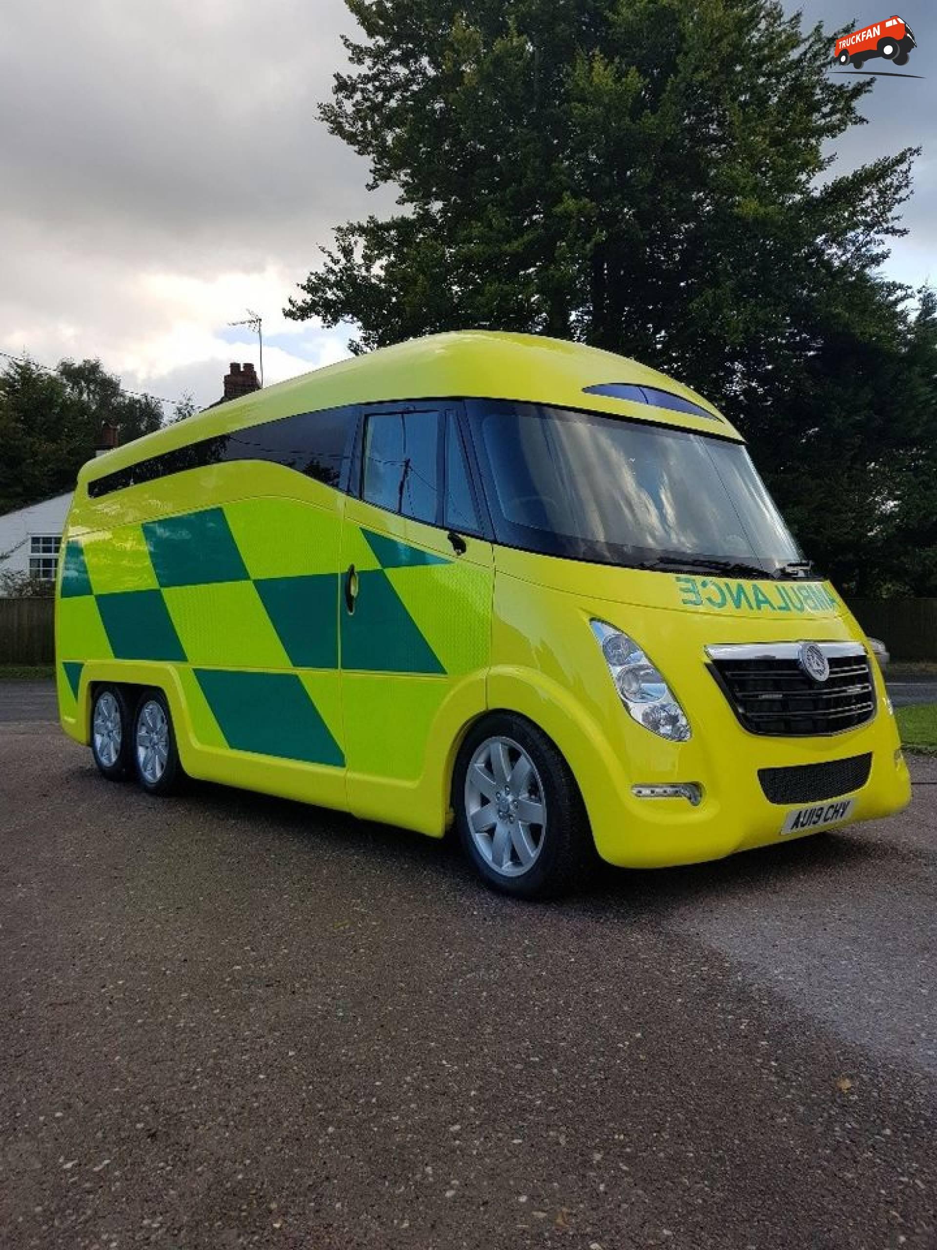 International Ambulances ACESO