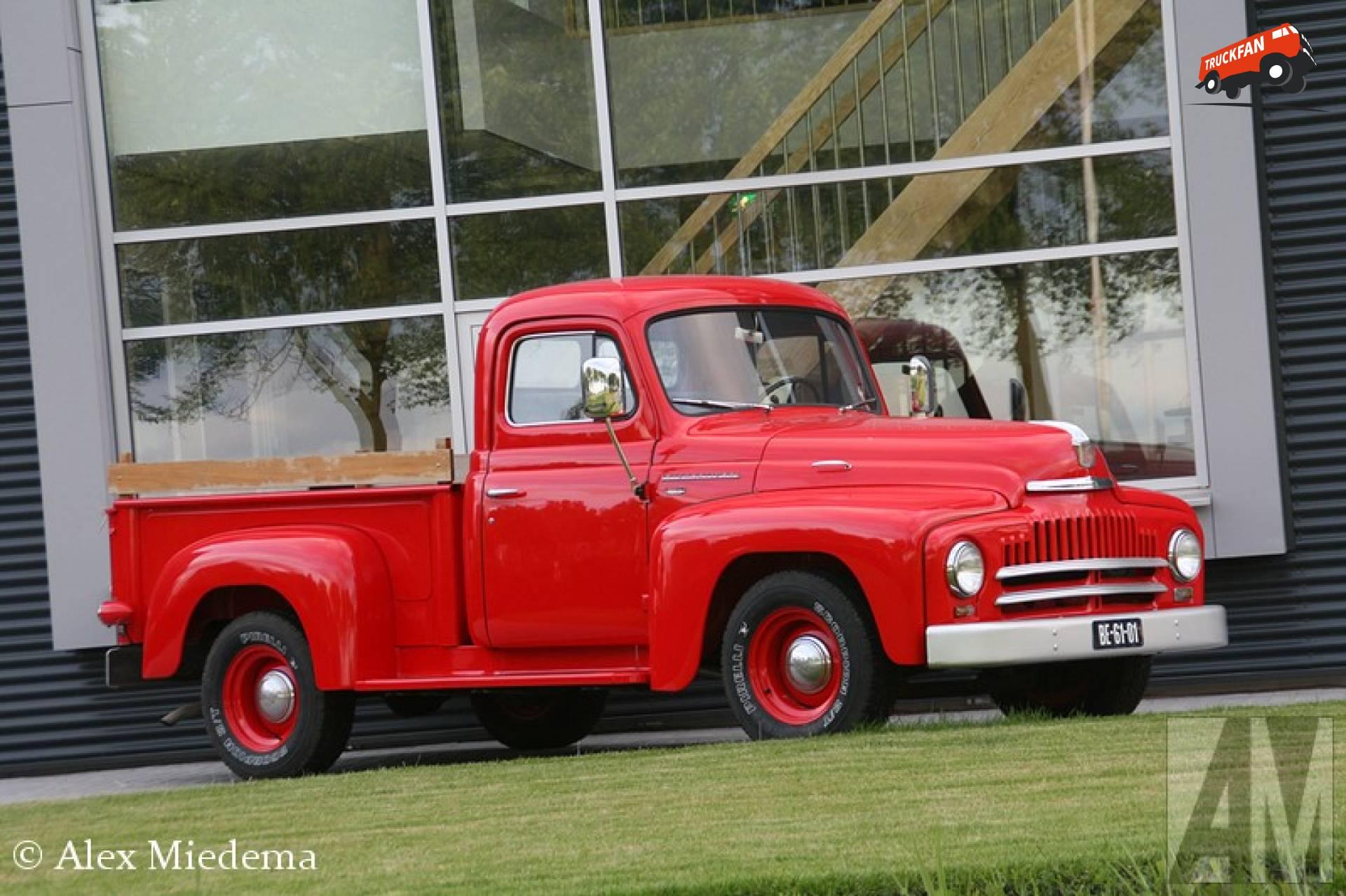 International L-110