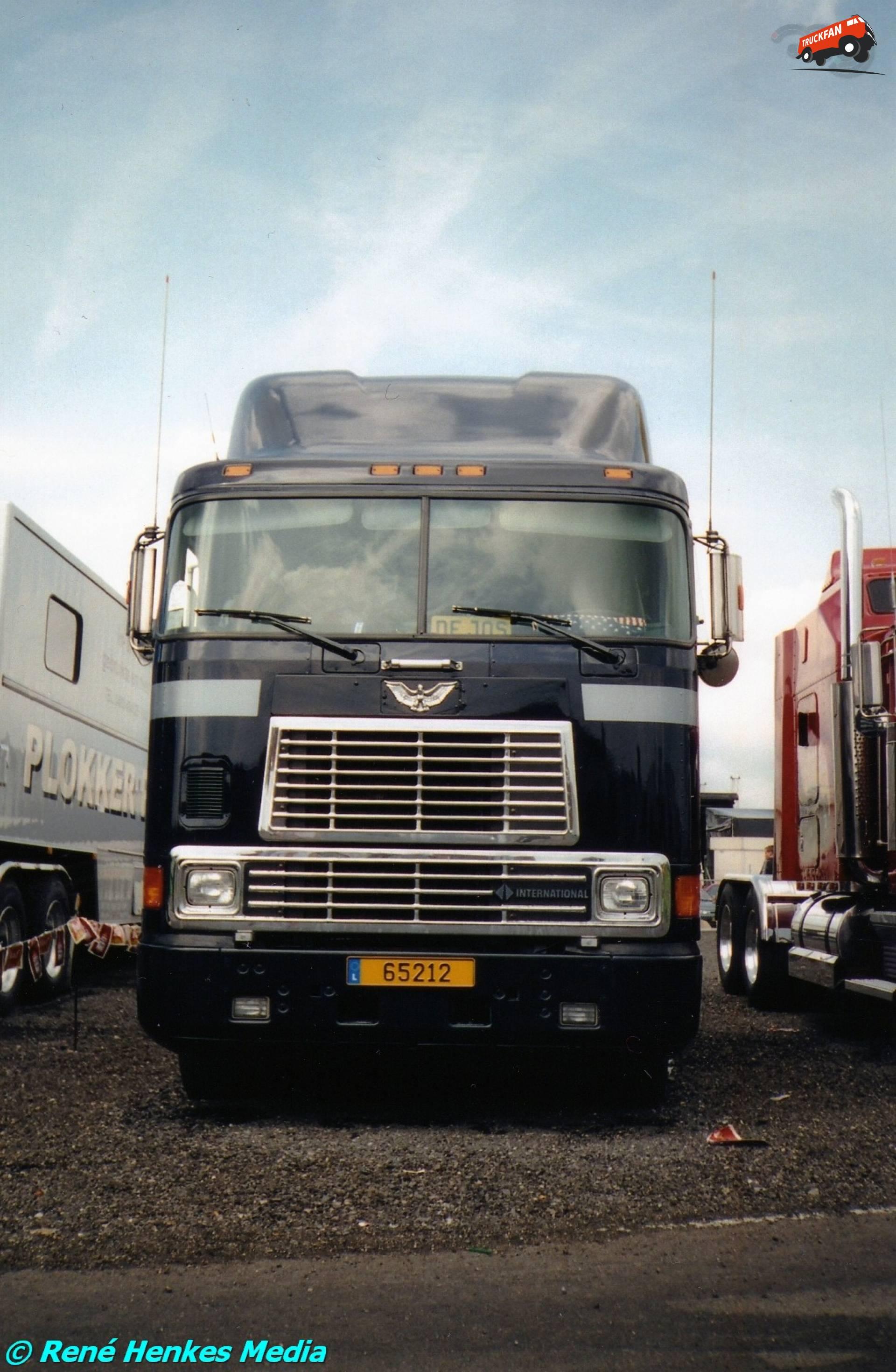 International 9000-serie cabover
