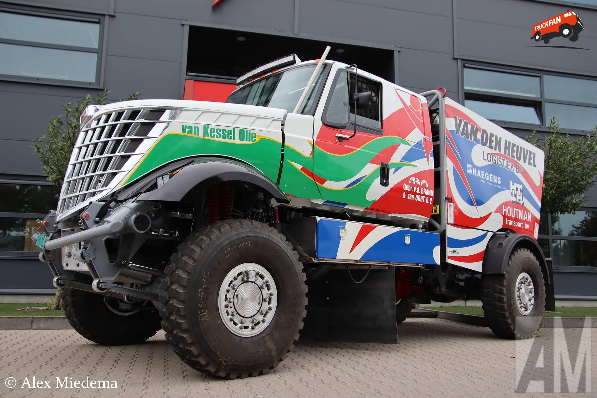 International-Scania DKR3