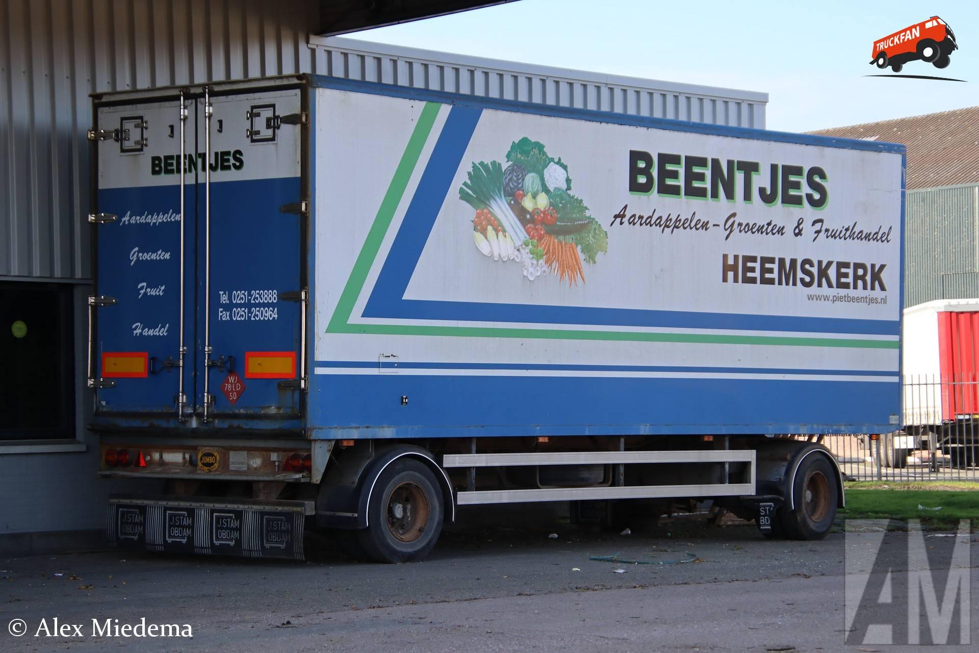 Jumbo Helmond aanhangwagen