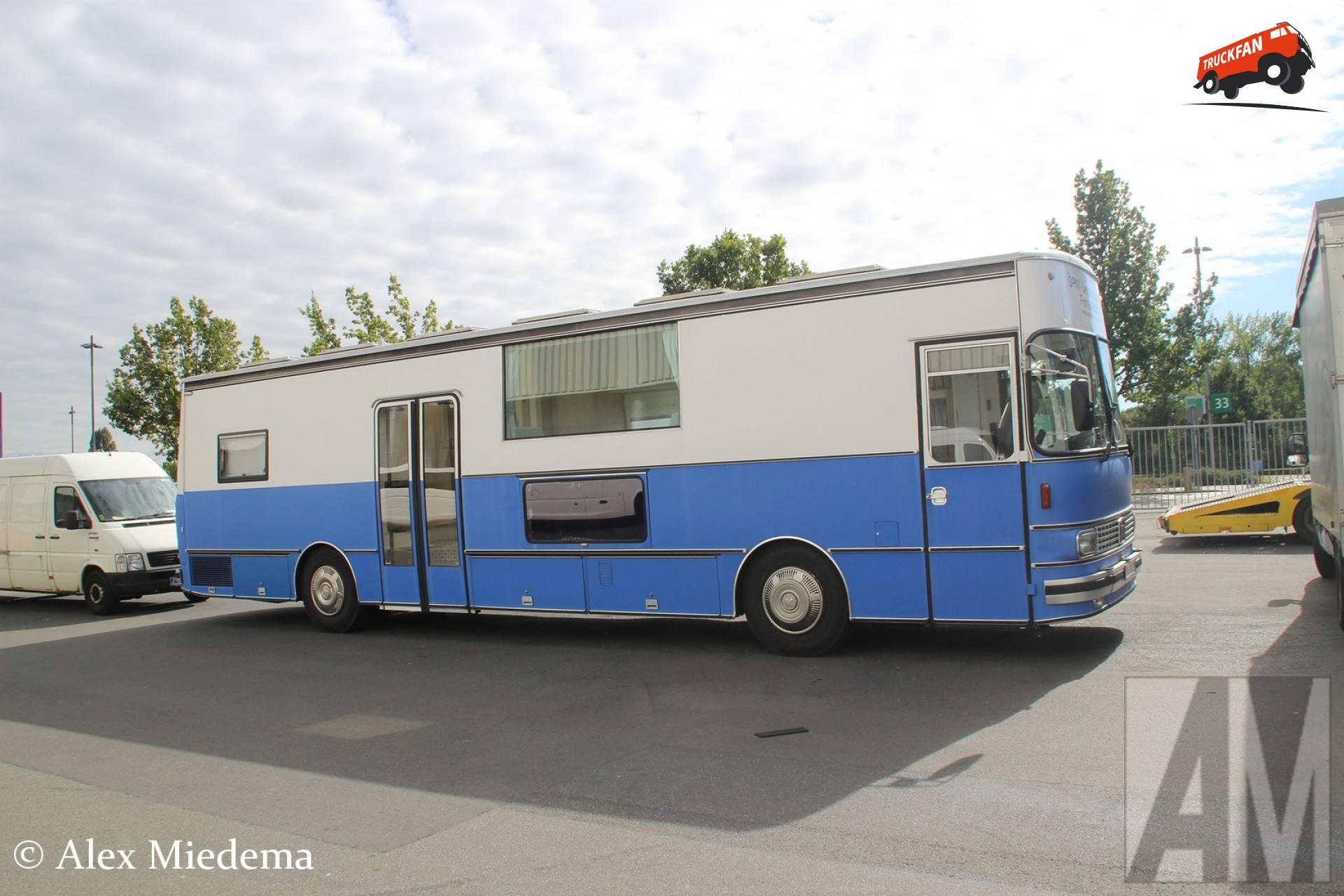 Kässbohrer bus