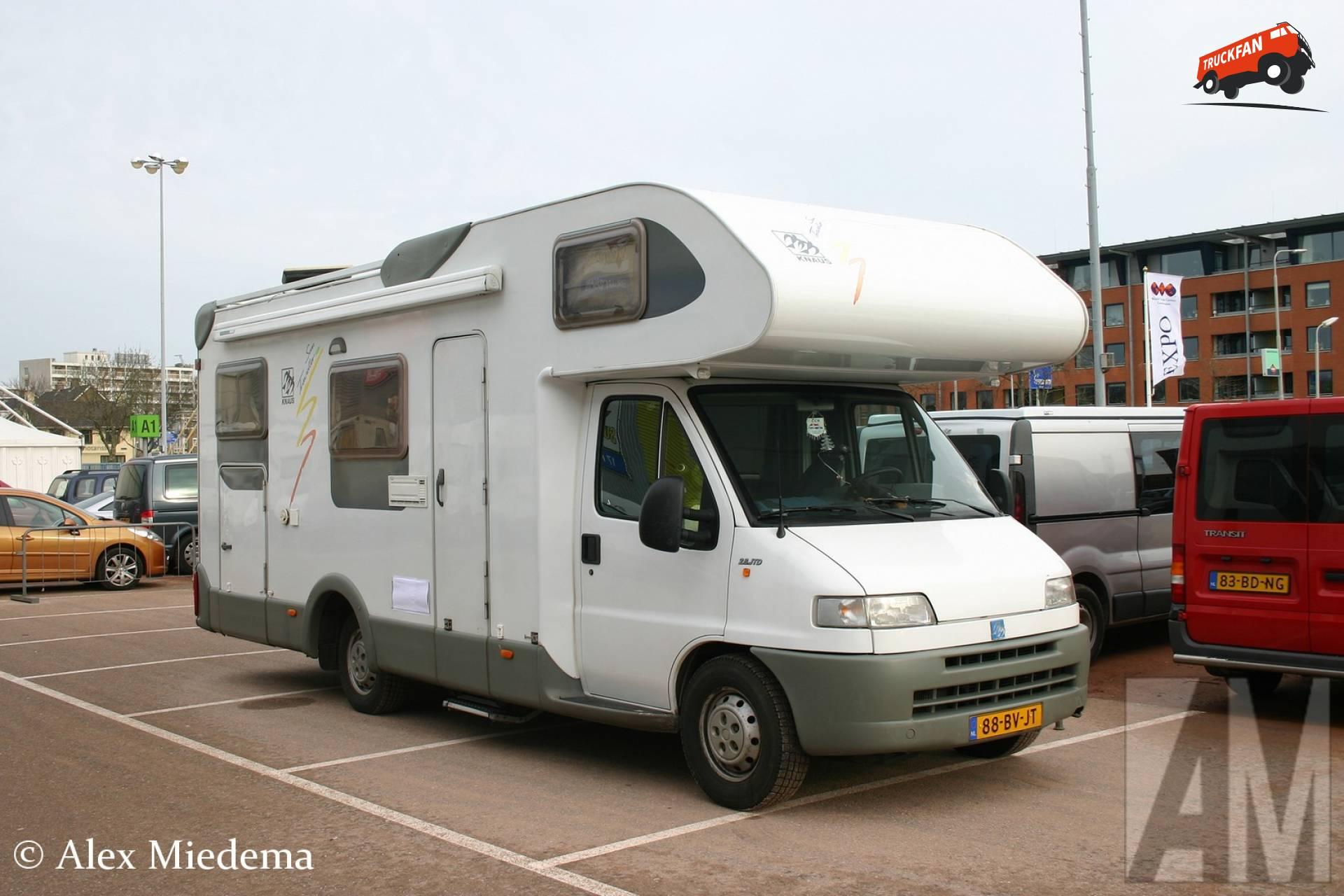 Knaus camper
