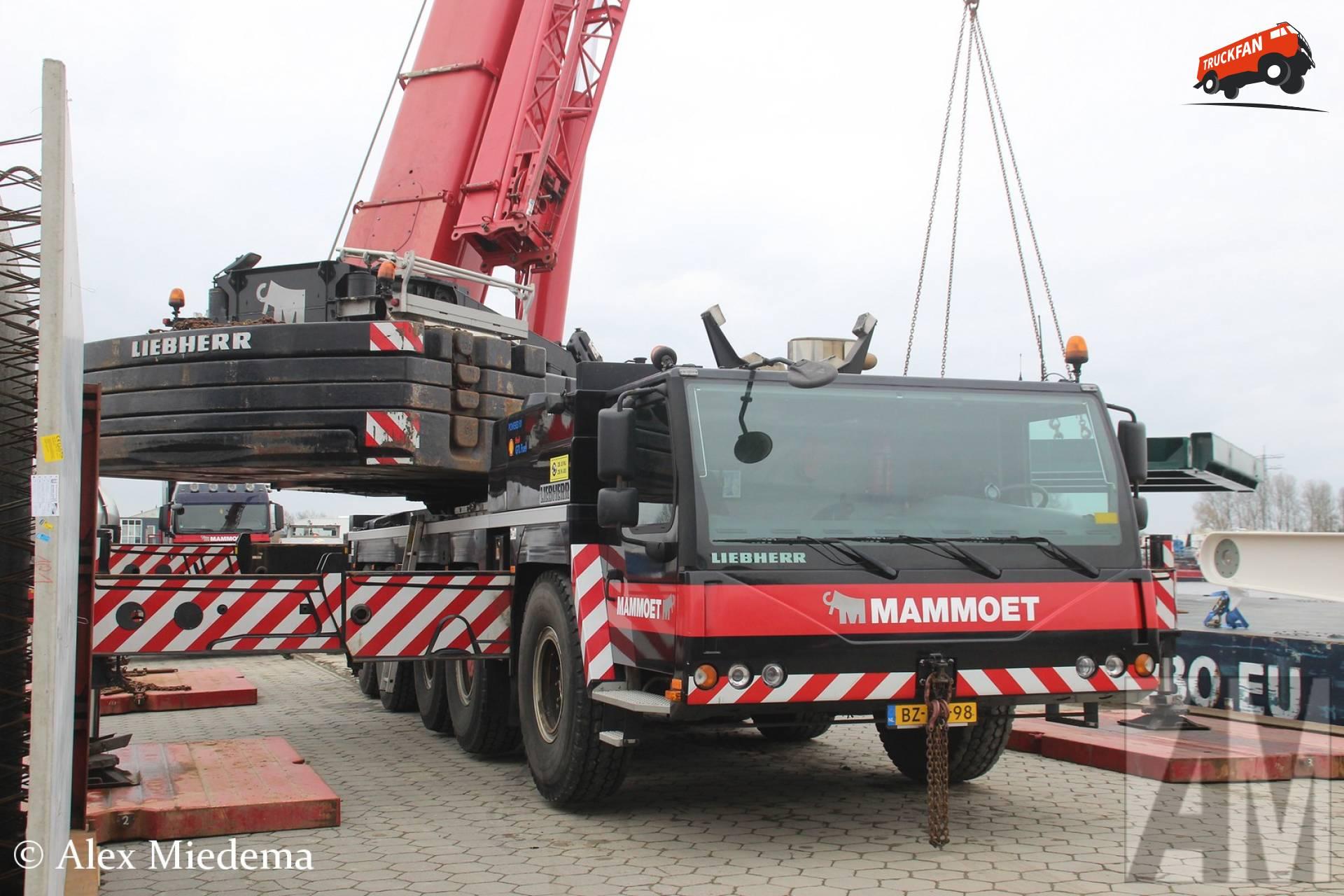 Liebherr LTM1200