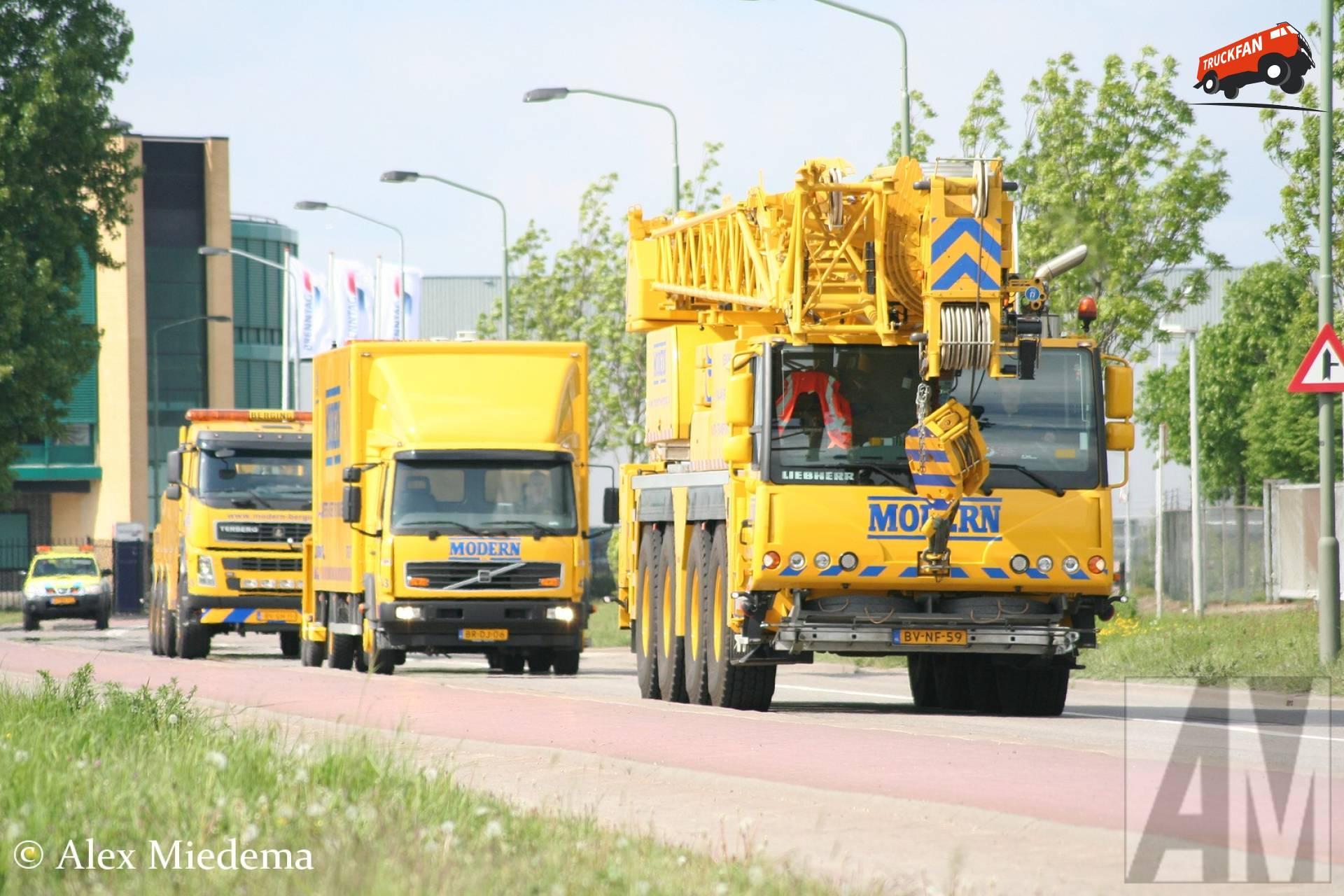 Liebherr LTM1070