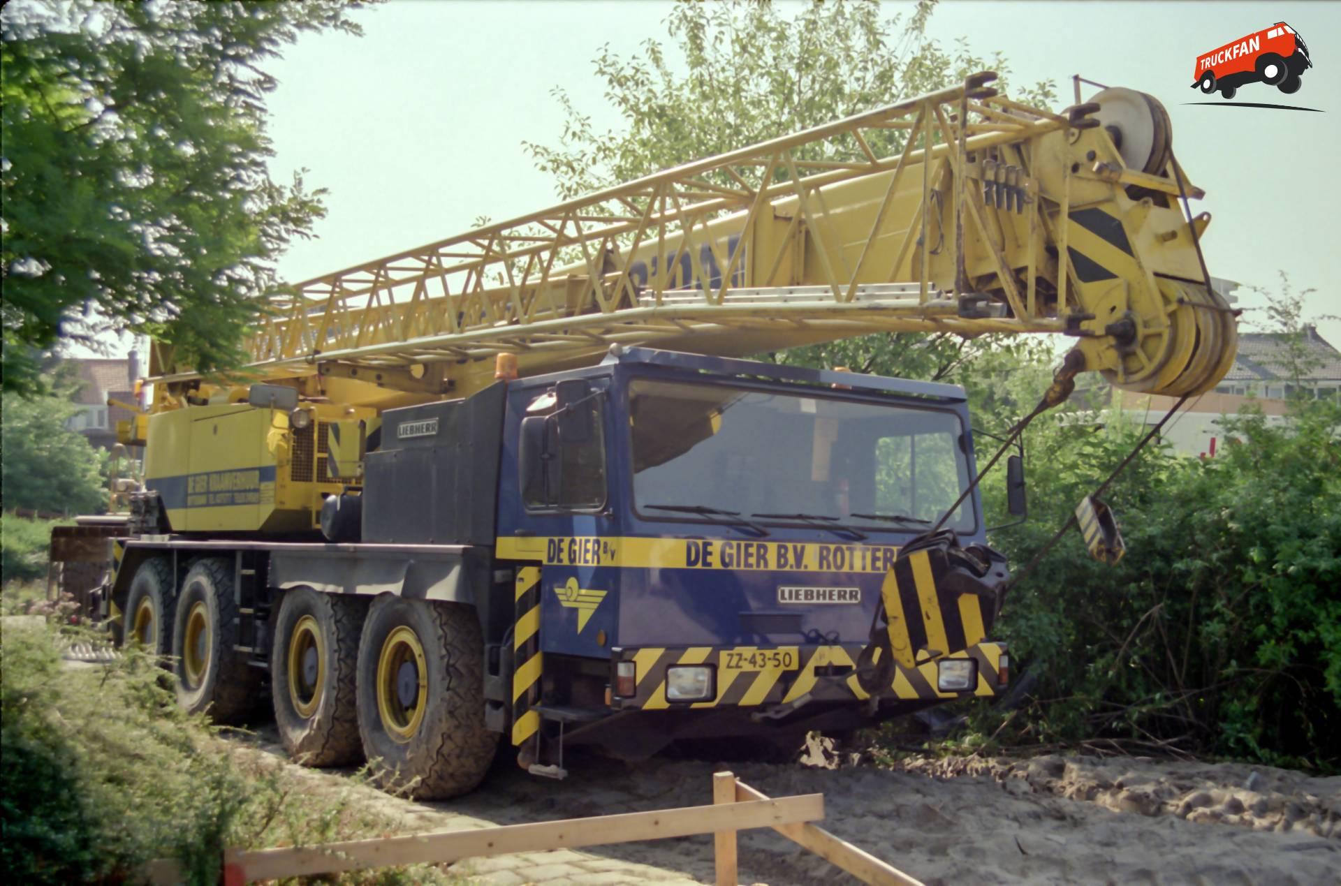 Liebherr LTM1060
