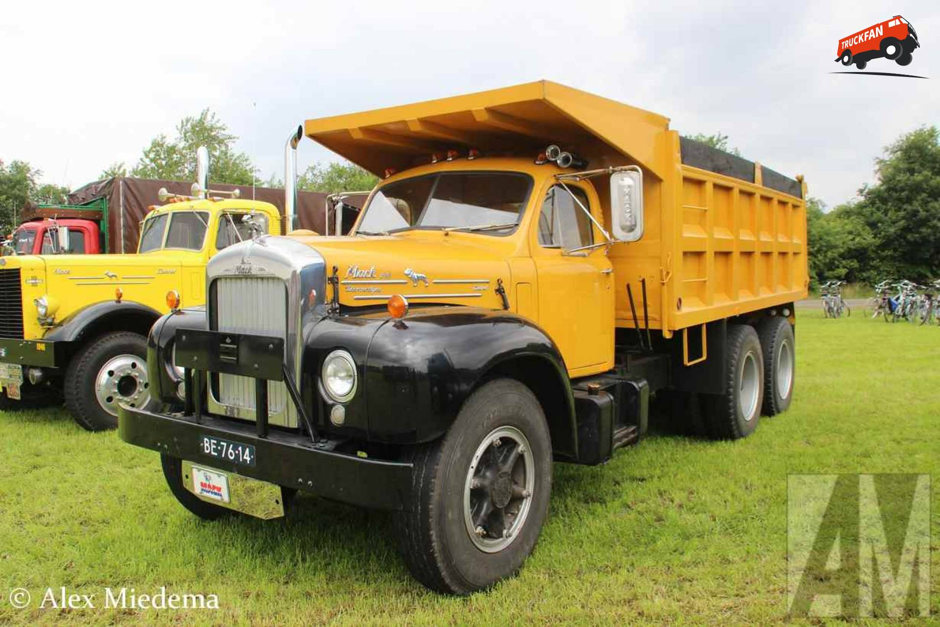 Mack B61