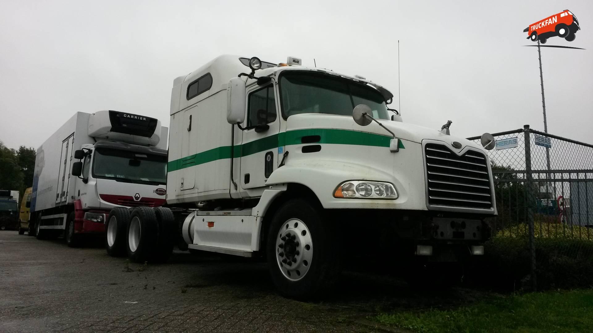 Mack CX (Vision)