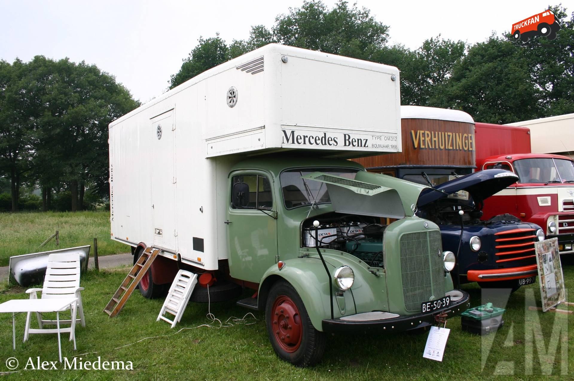 Mercedes-Benz L312