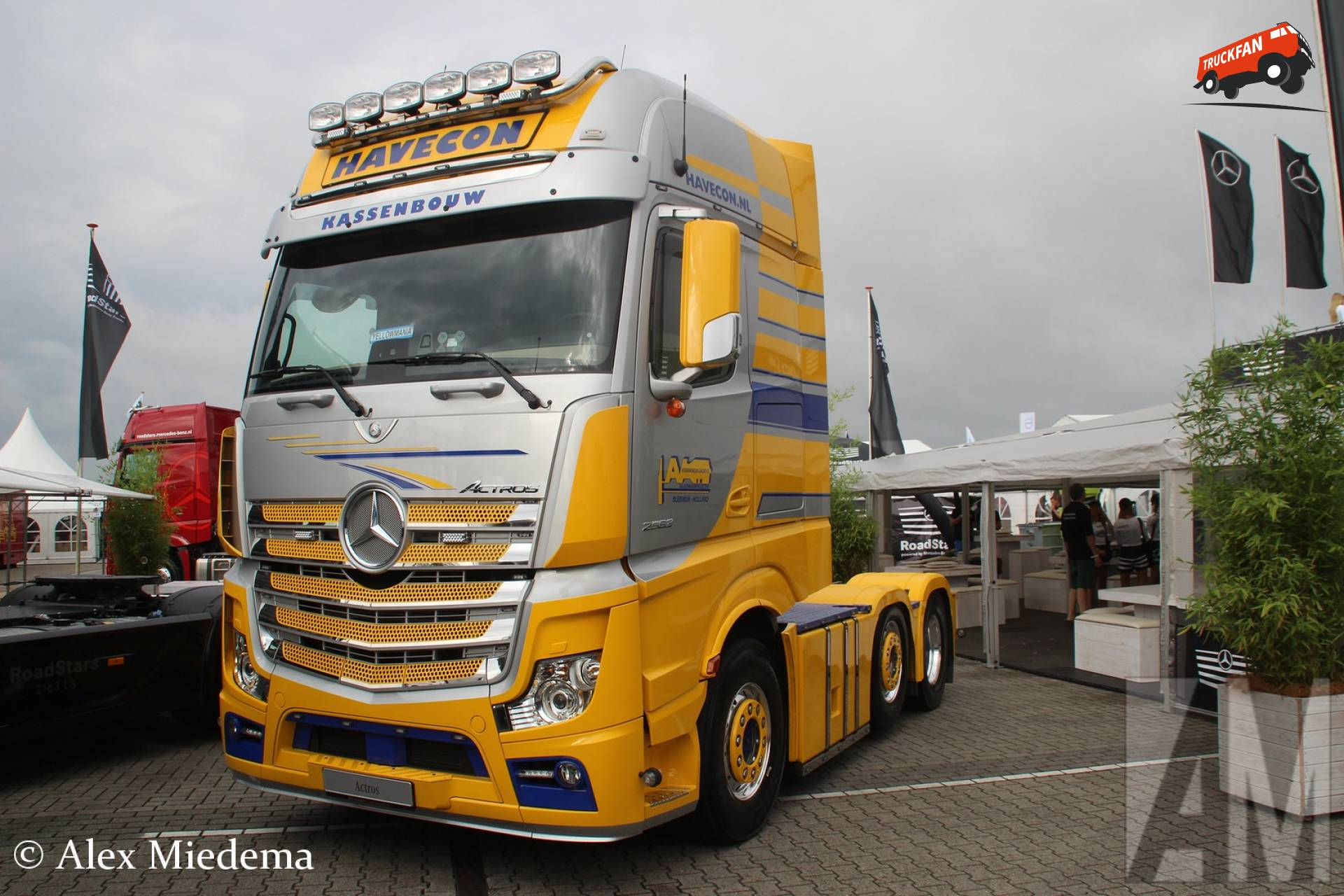 foto mercedes benz actros mp4 van aad voorwinden. Black Bedroom Furniture Sets. Home Design Ideas