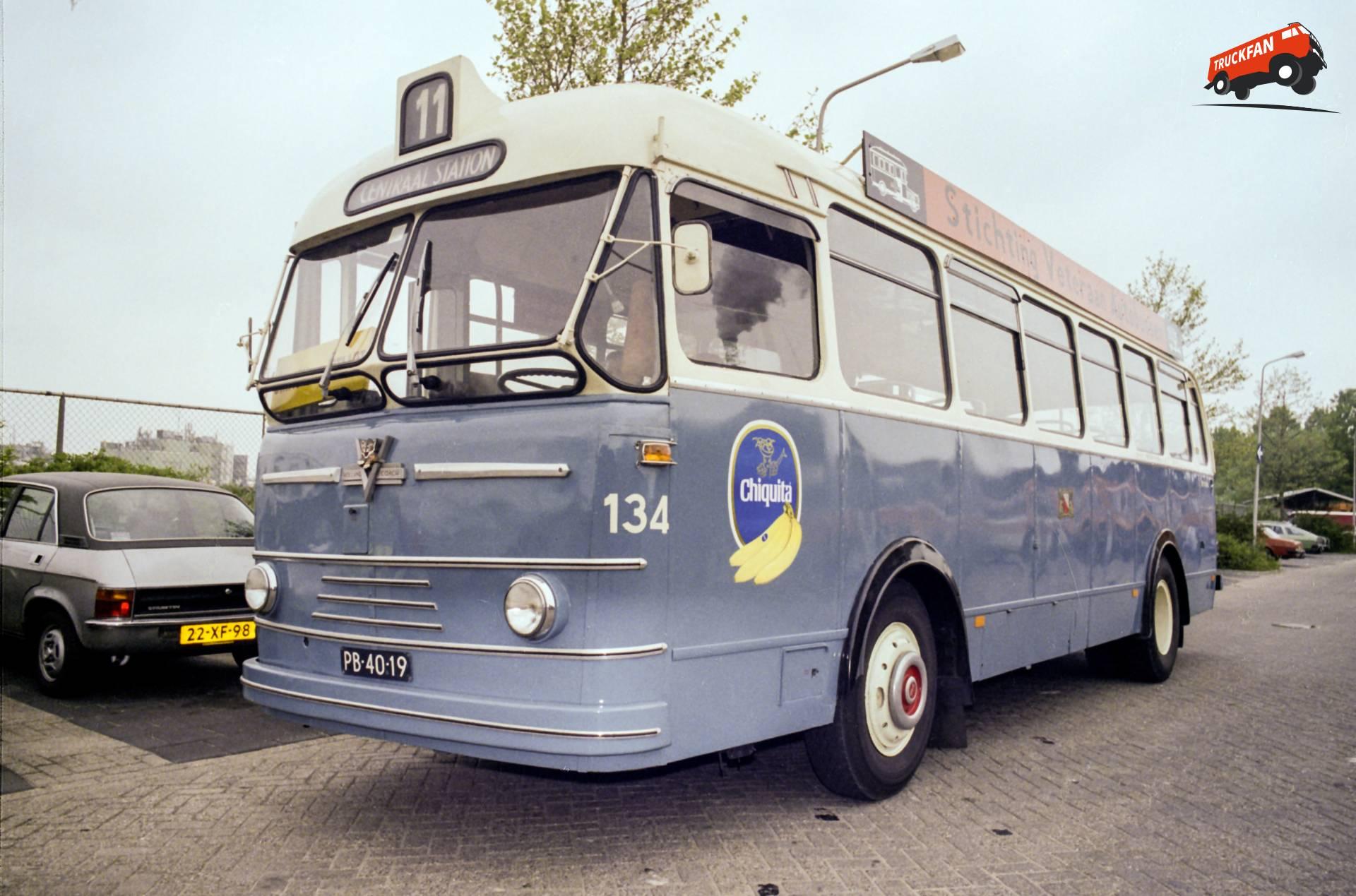 Holland Coach 457/90/PC