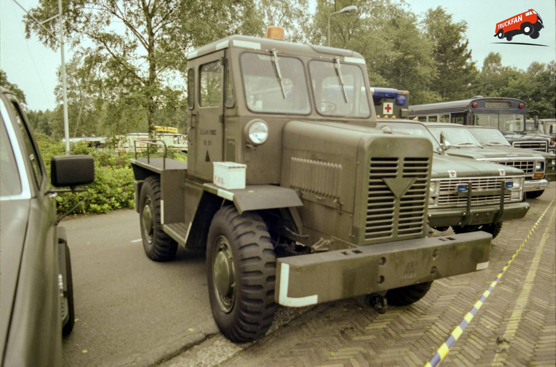 Coleman MB-4