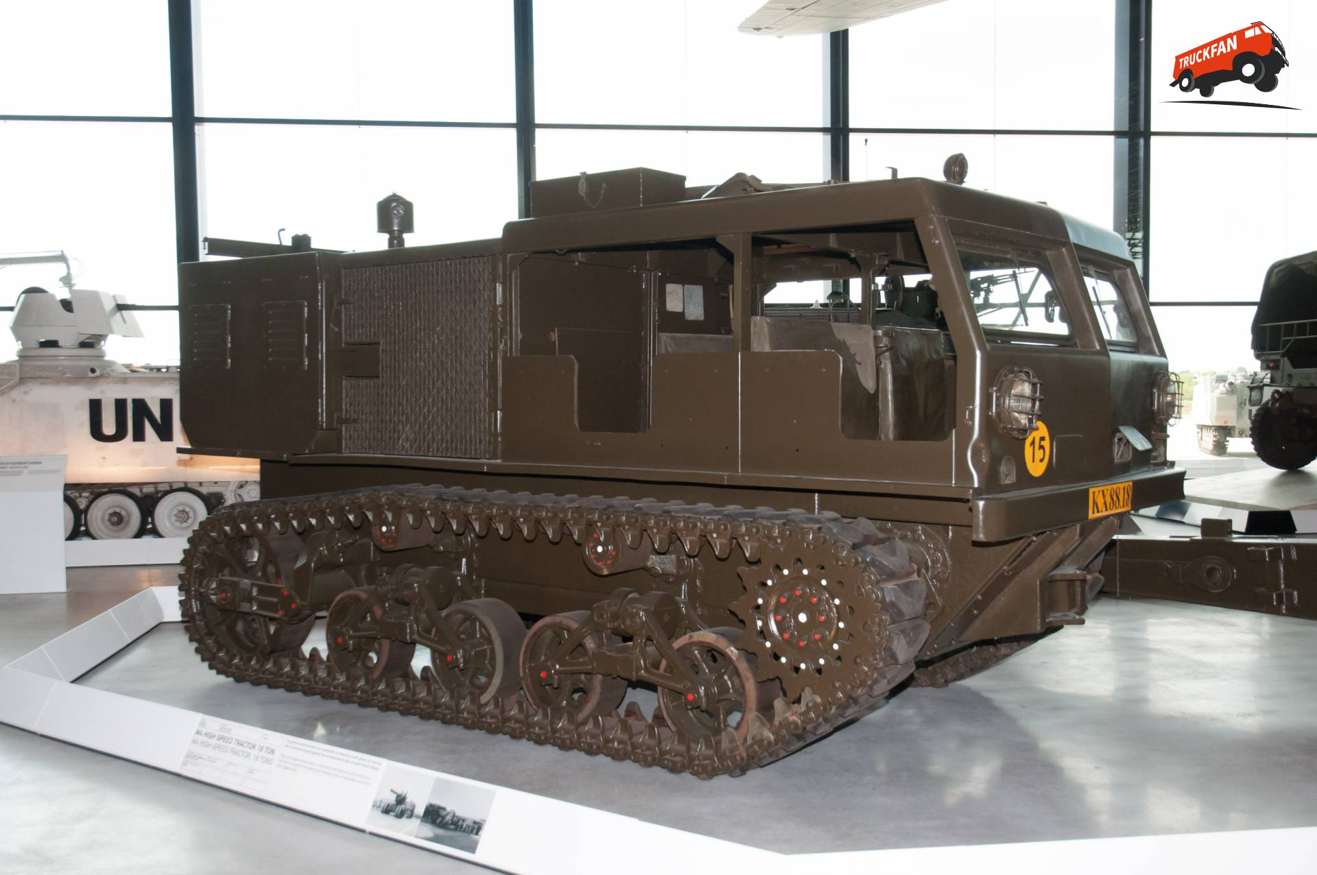 Allis-Chalmers M4