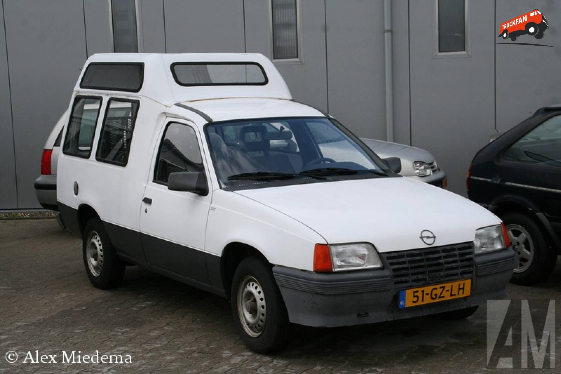 Opel Kadett Combo