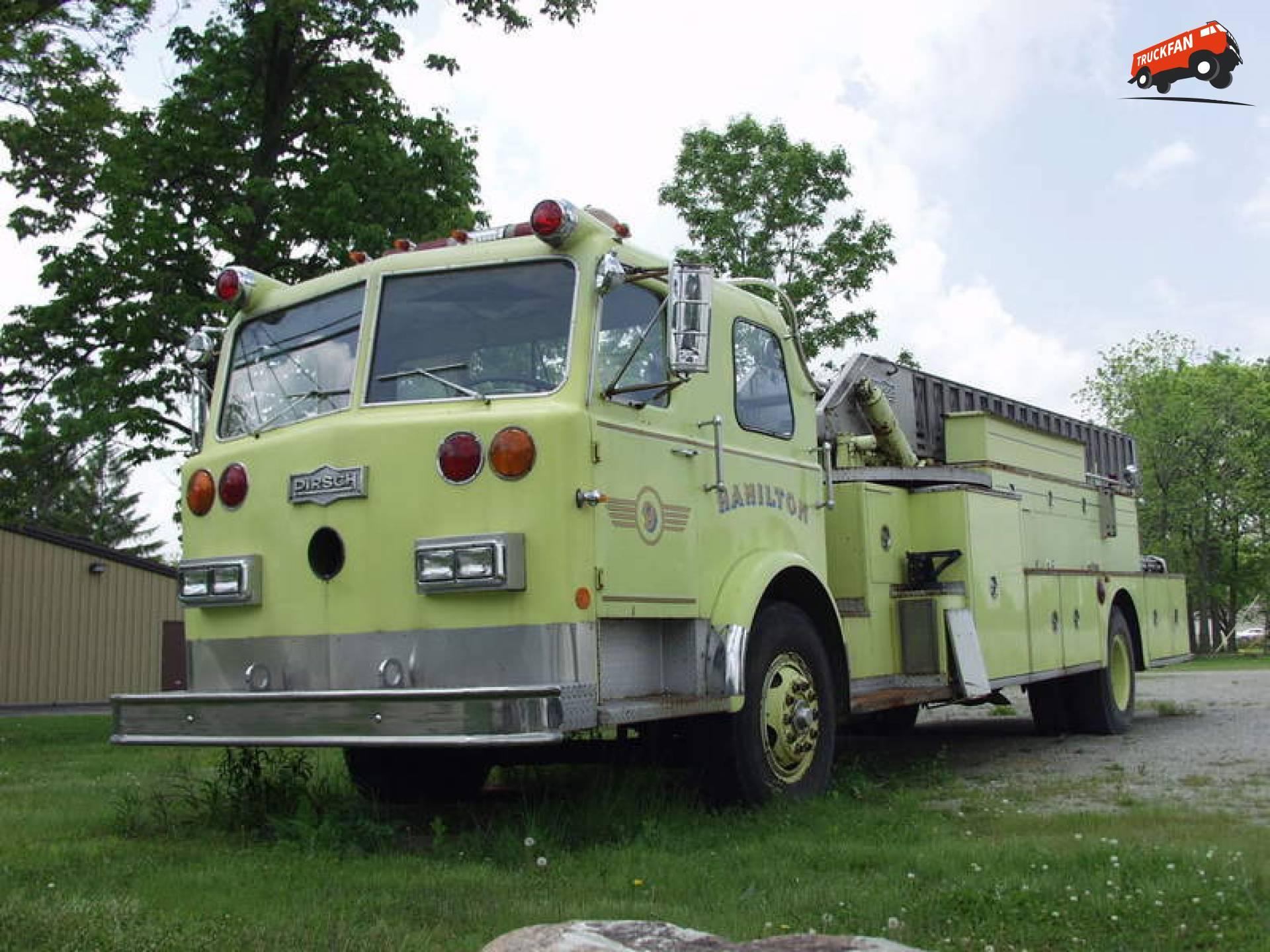 Pirsch brandweerwagen