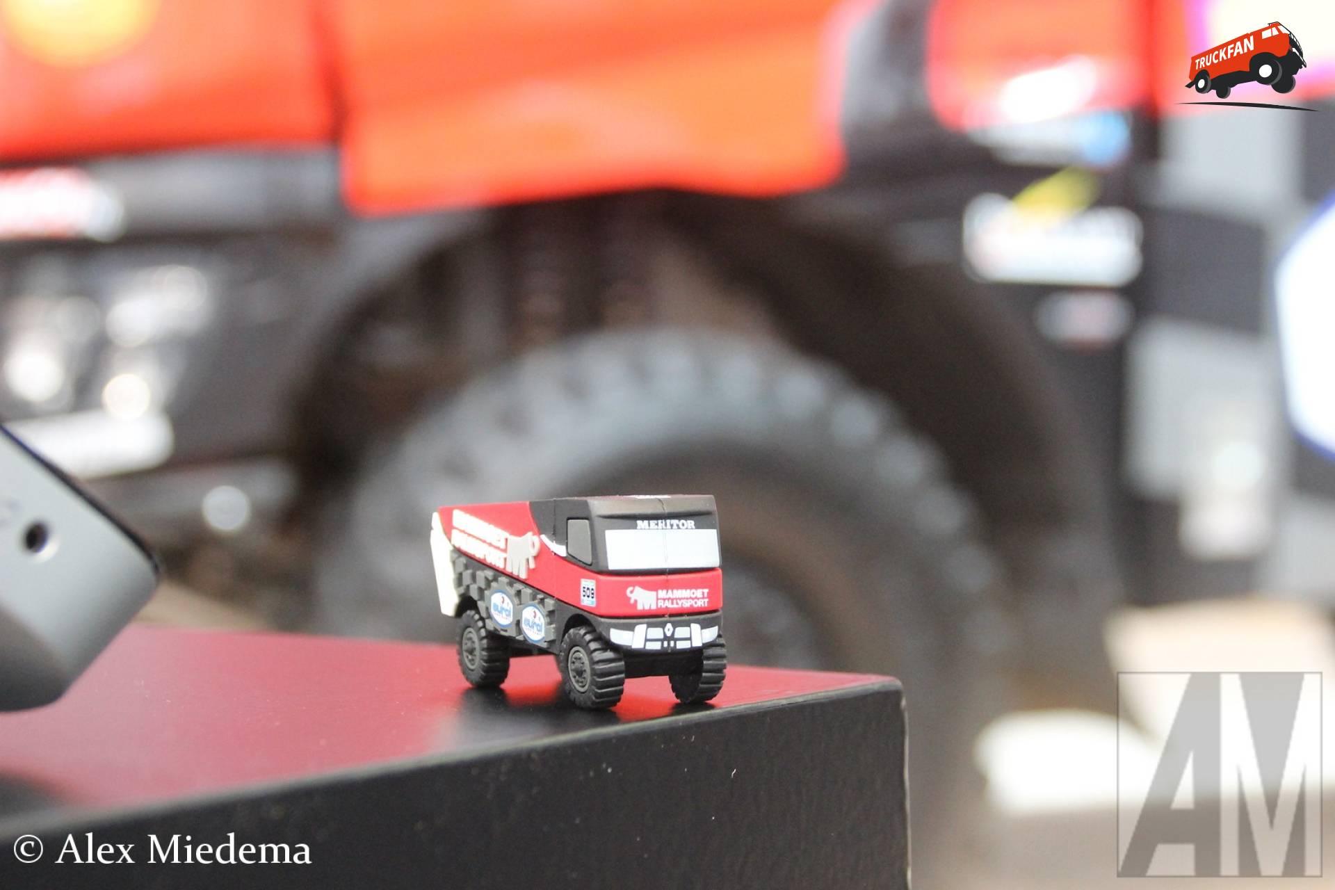 Team Mammoet Nederland B.V. - Renault miniatuur