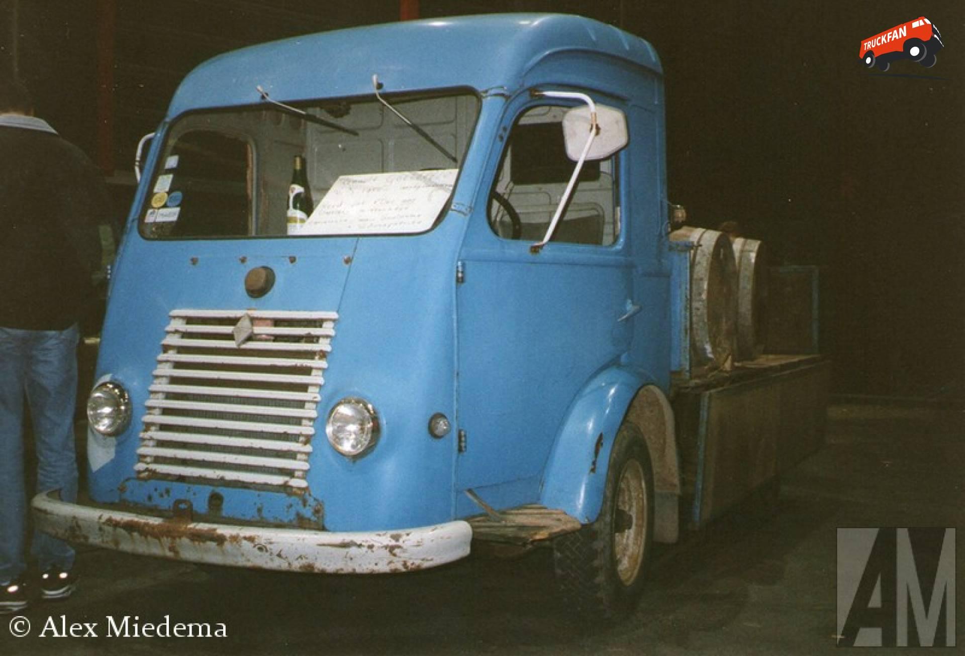 Renault Goelette