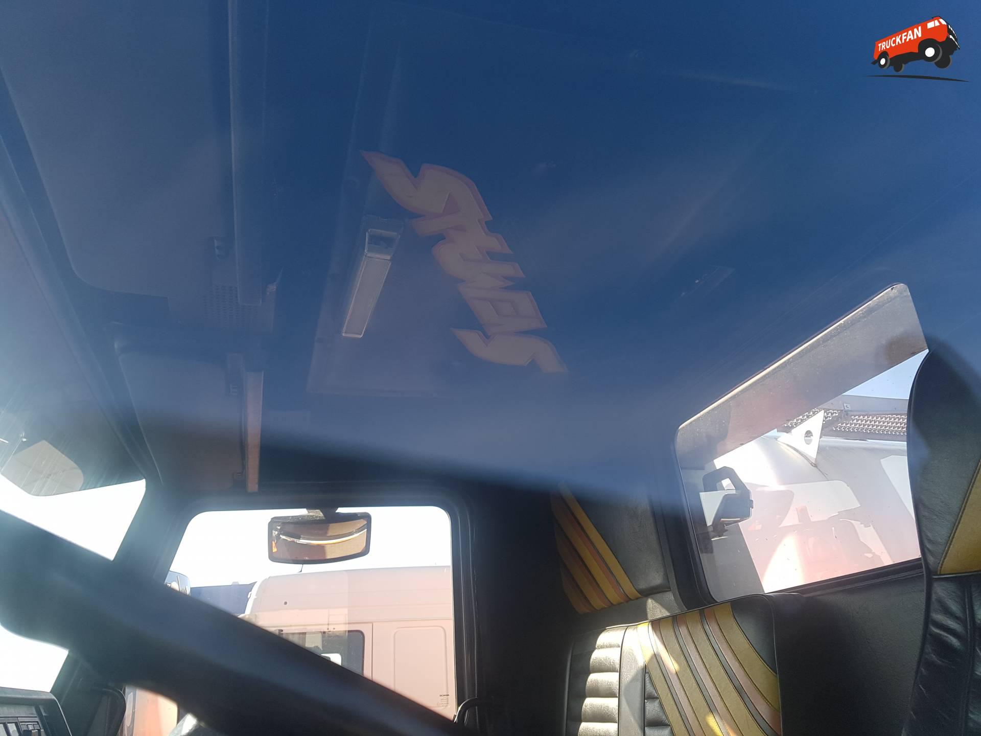 Scania 143