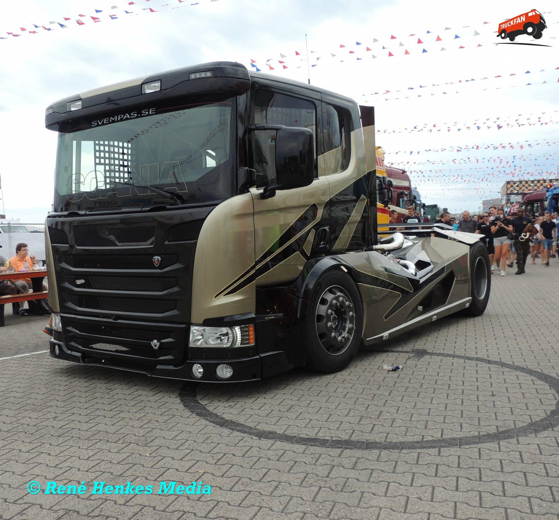Scania Chimera