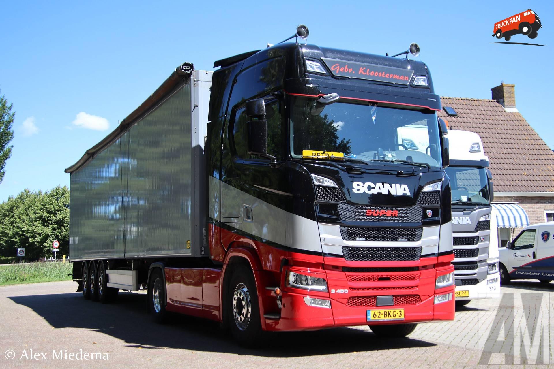 Scania S450