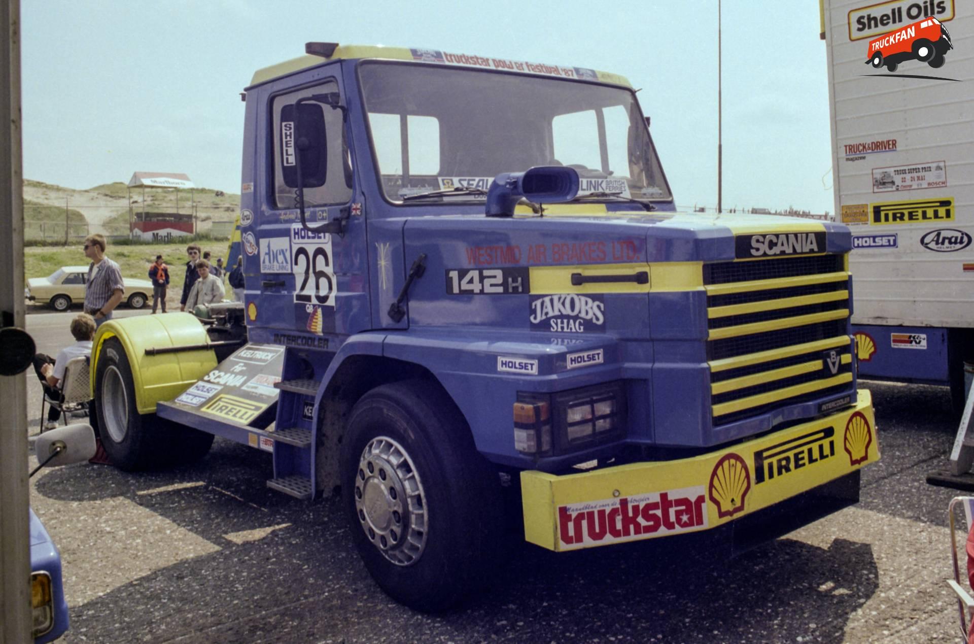 Scania T142