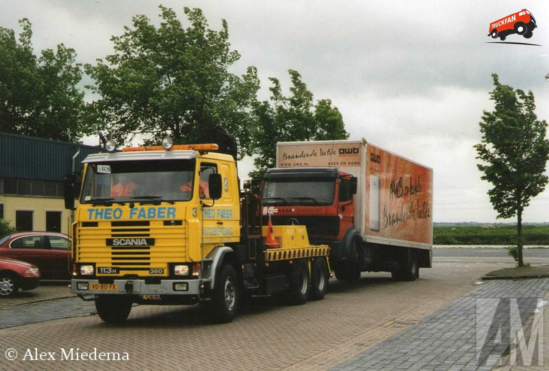 Scania 113 Omdat in Leeuwarden best veel menen Faber heten, moet iedereen een bijnaam hebben. Die van Theo Faber is 'Theo Takel'. Hoe hij aan de naam komt word denk ik wel duidelijk door de foto's in deze blog…
