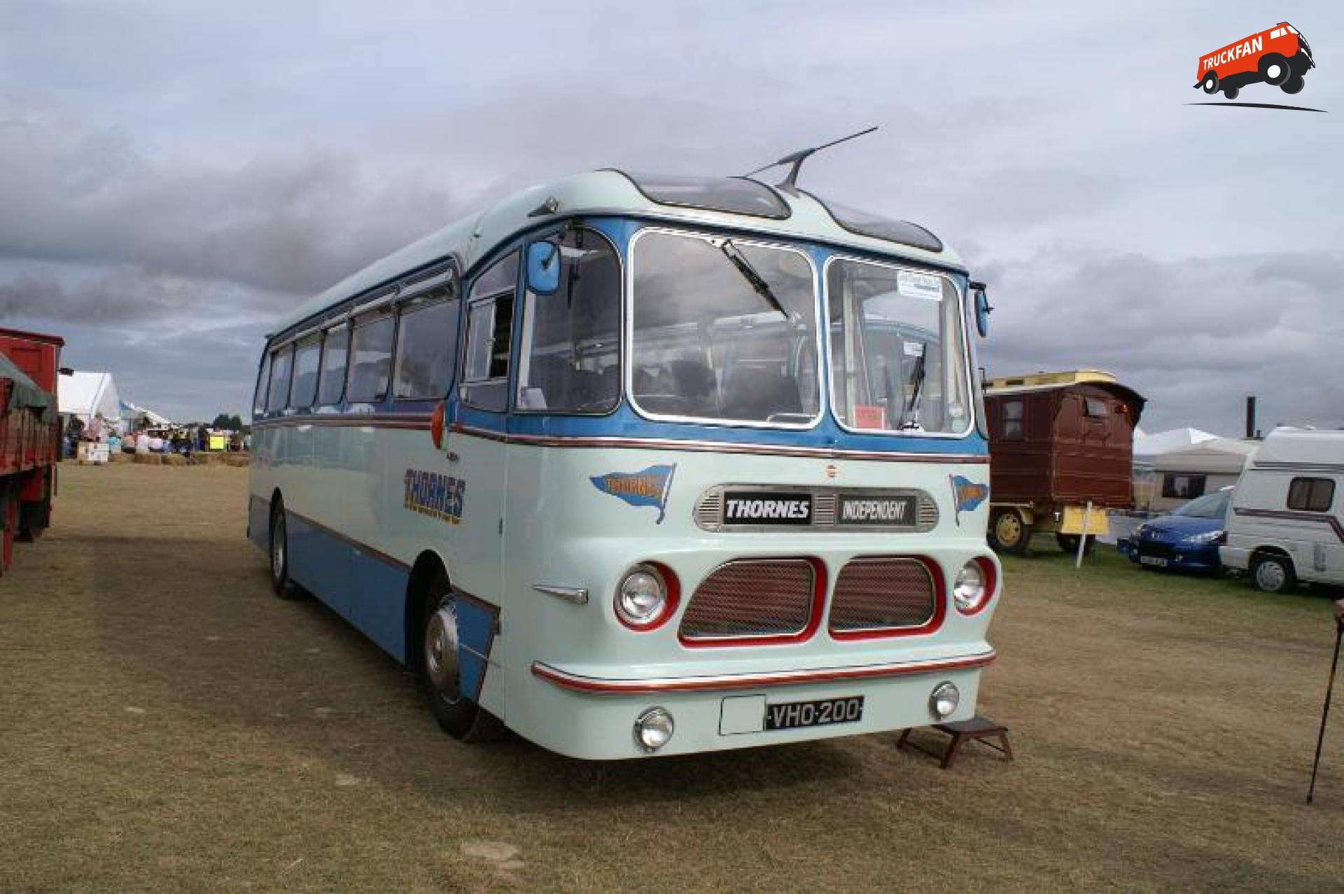 Seddon bus