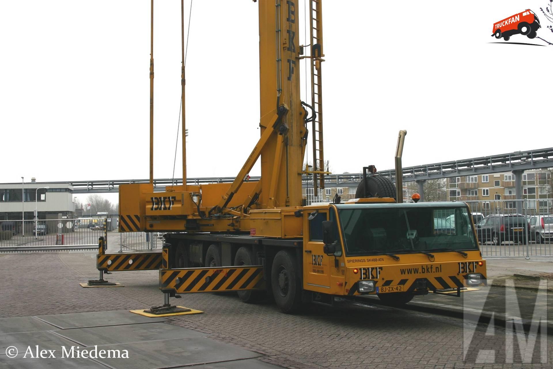 Spierings SK488-AT4