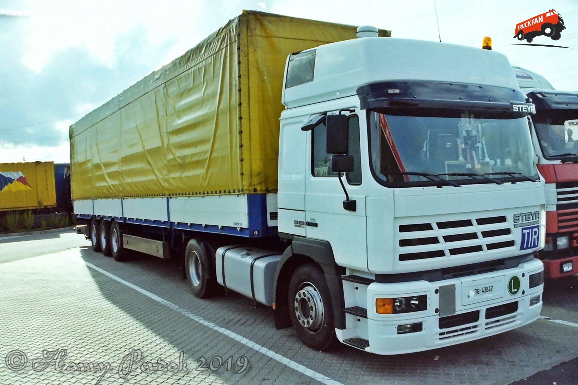 Steyr F2000
