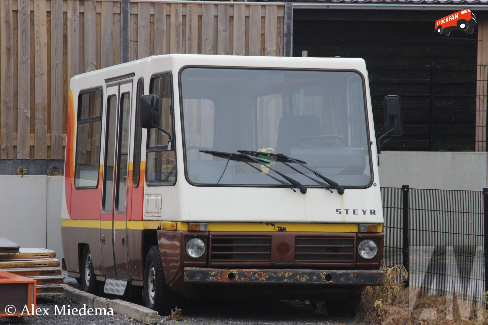 Steyr bus