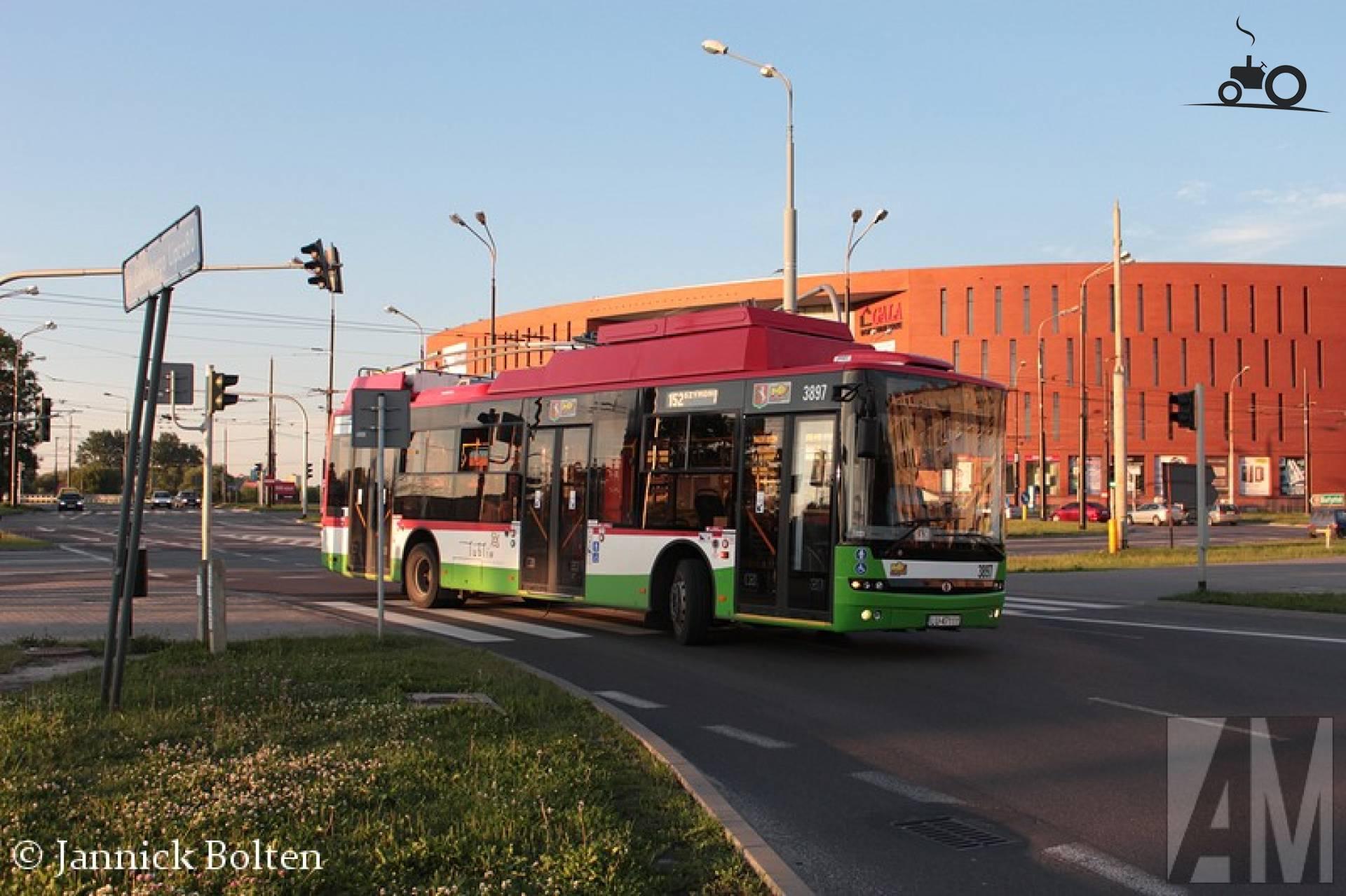 Ursus T70116