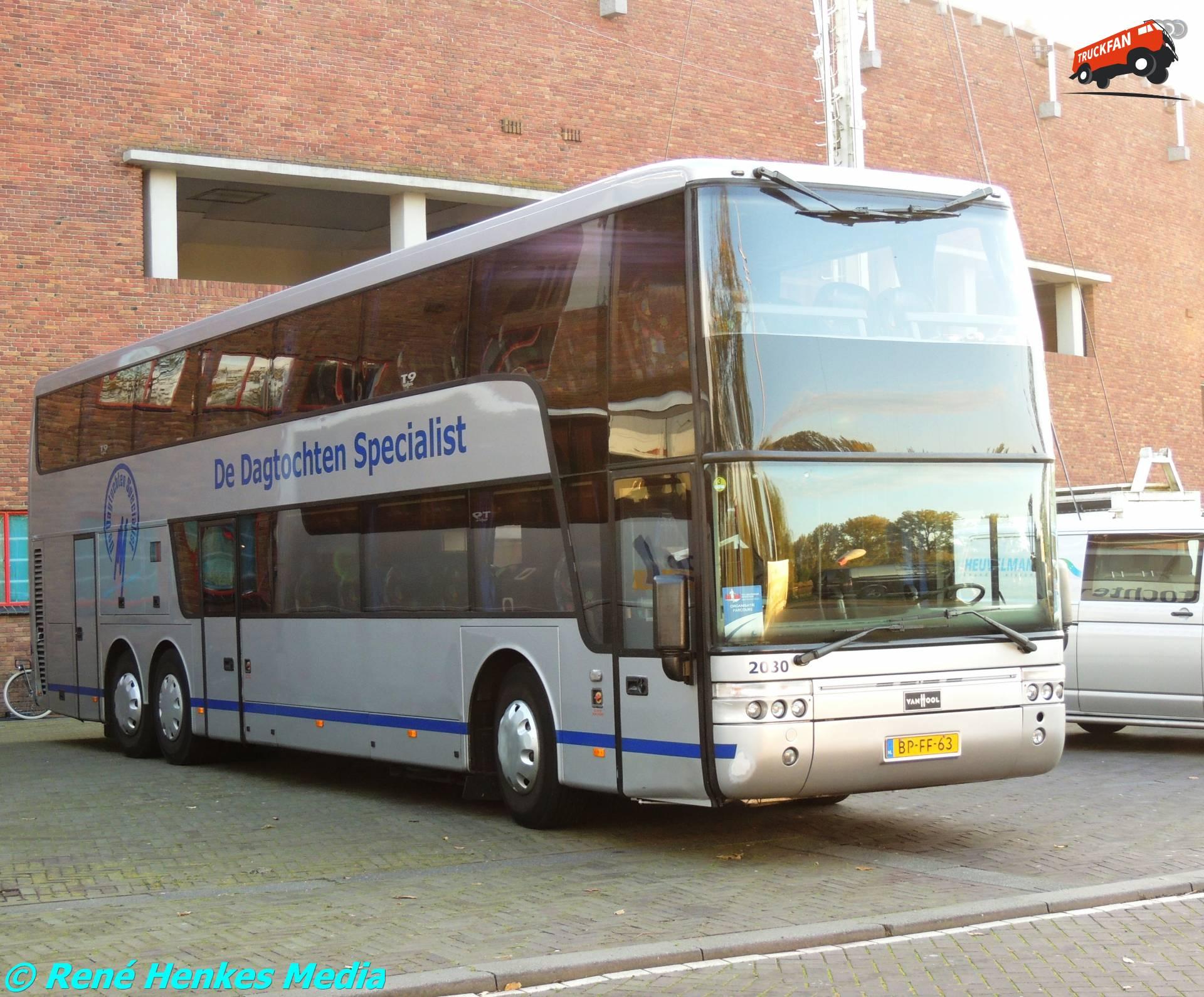 Van Hool TD927 Astromega