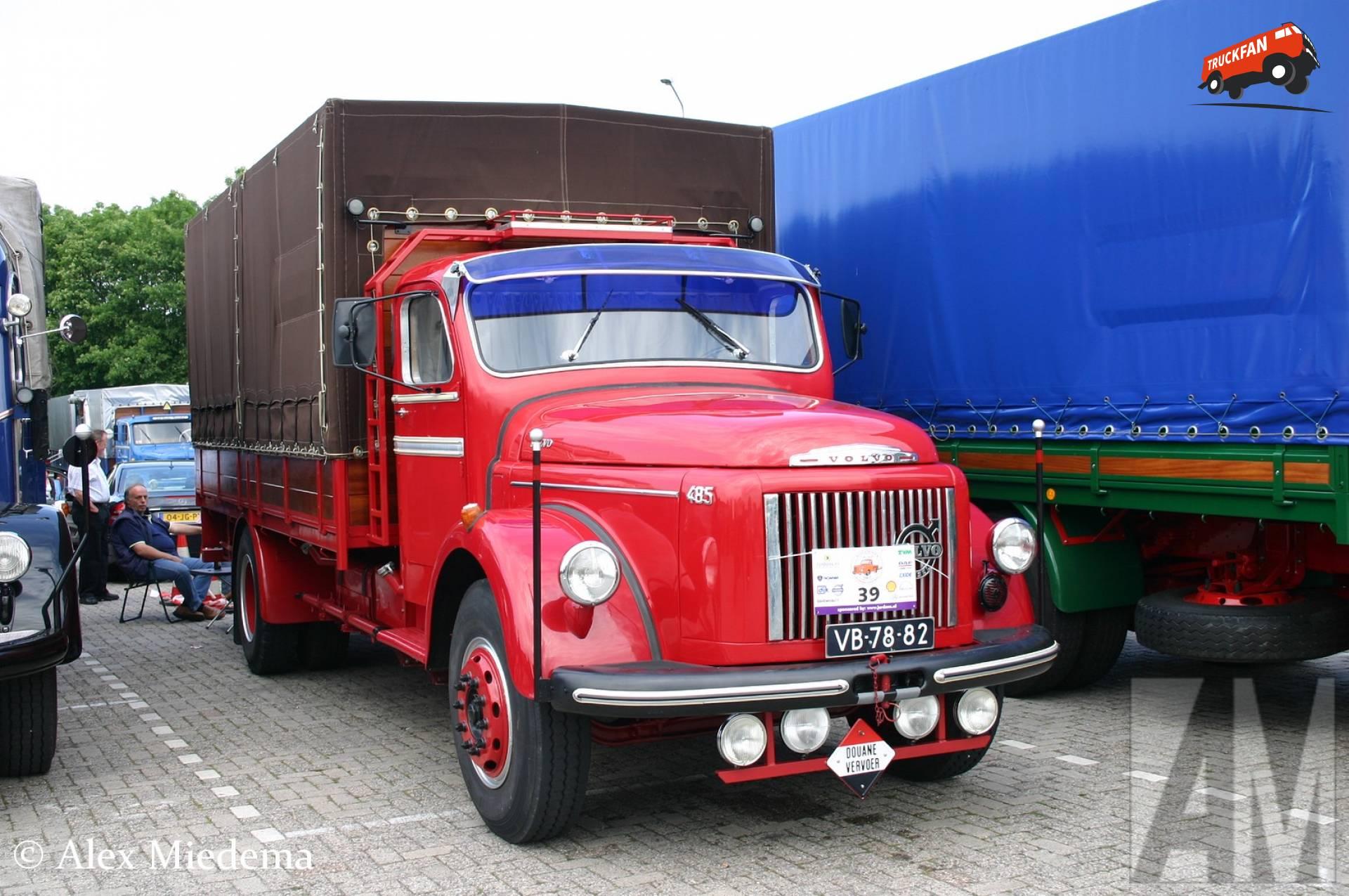 Volvo L485